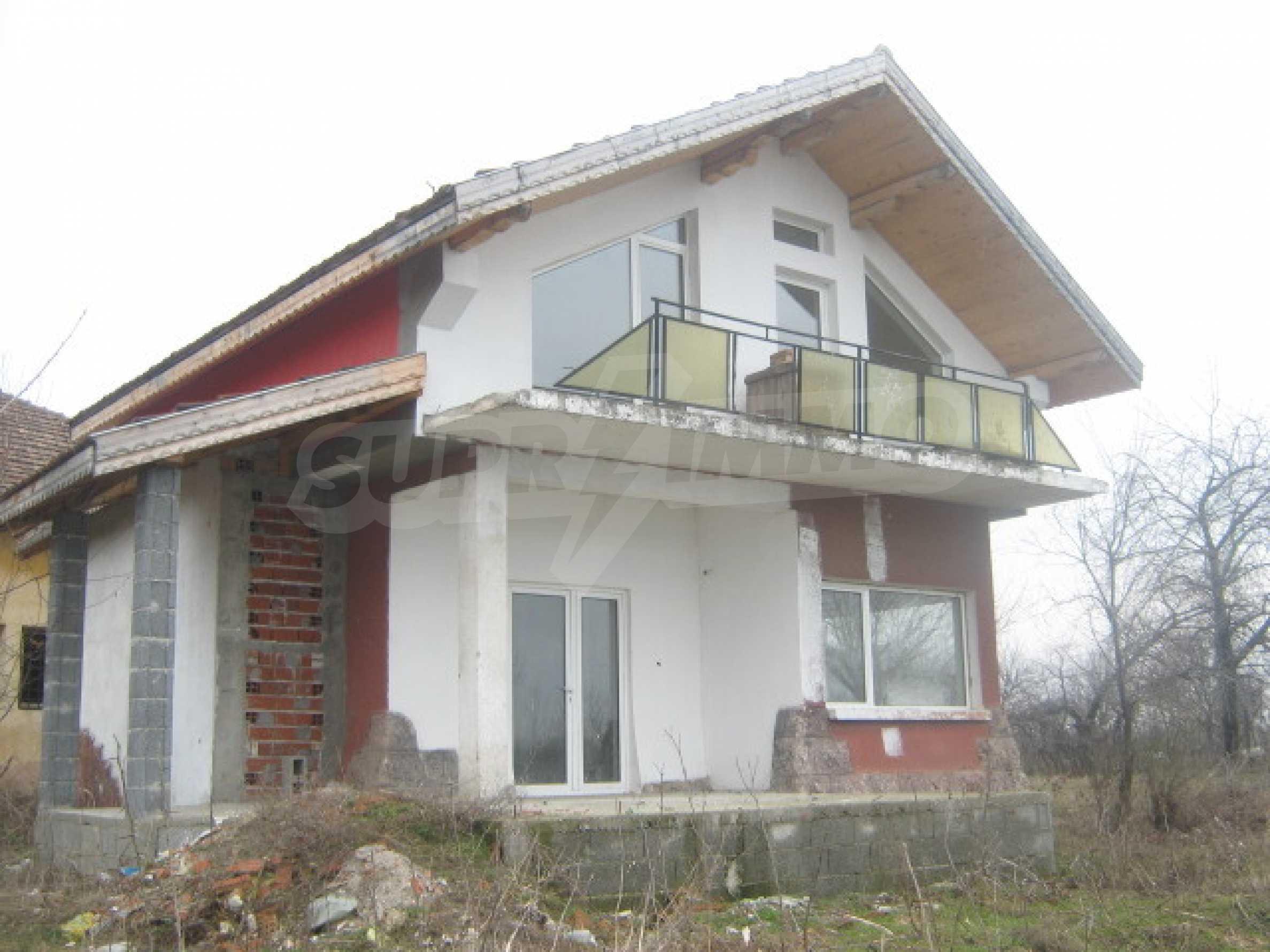 Кокетна вила в голямо село на брега на р.Дунав 2