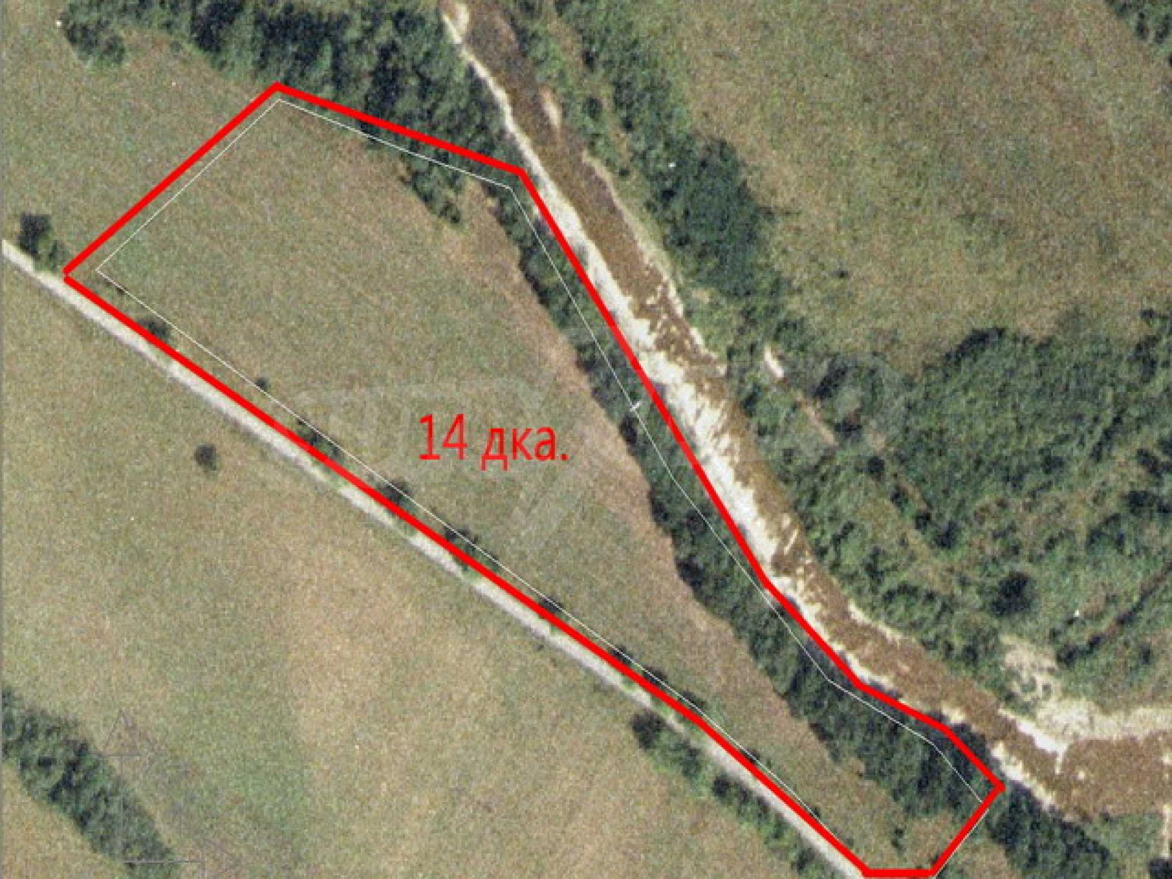 Pair of agricultural plots 4