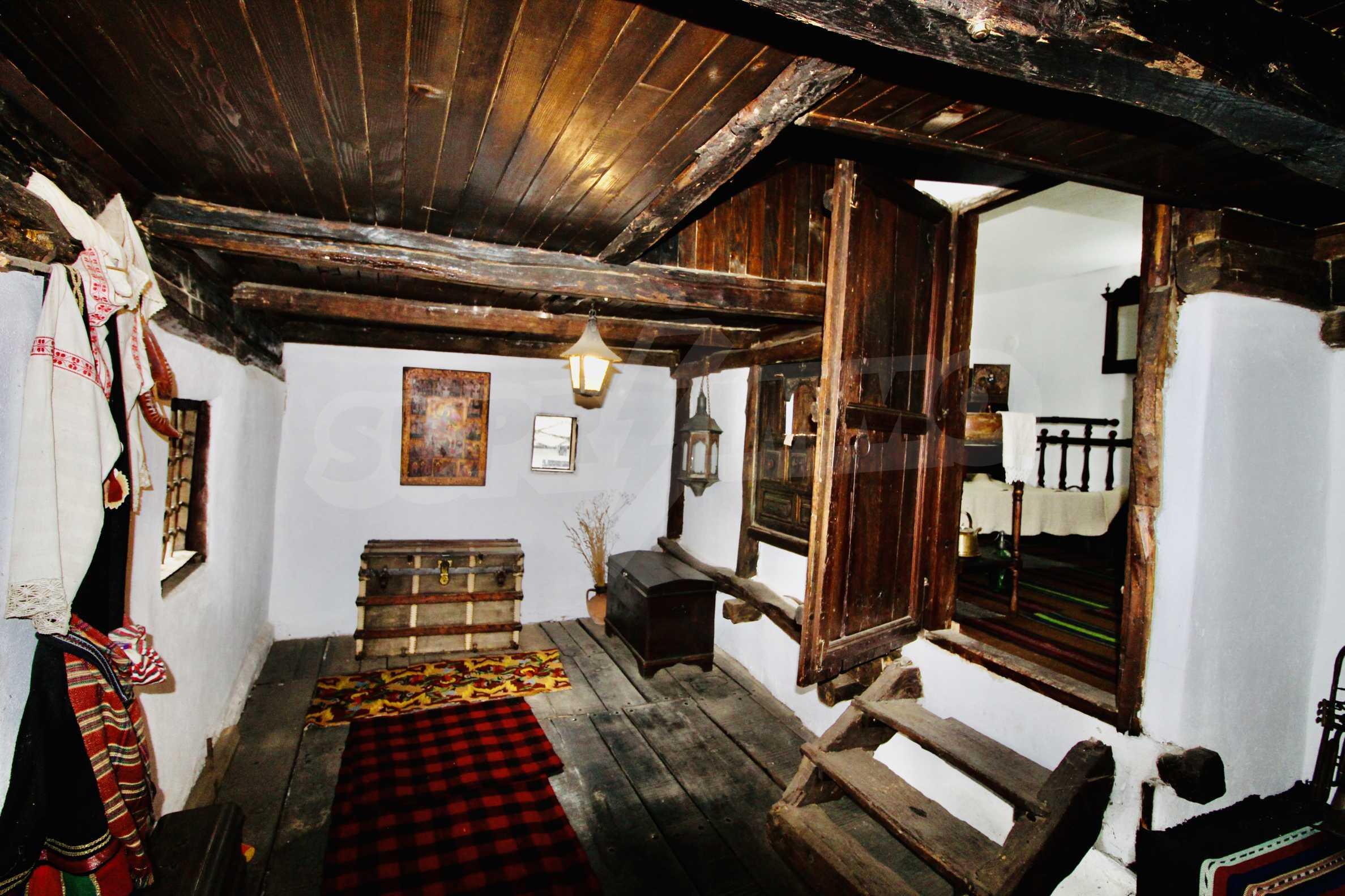Einzigartige Renaissancehäuser mit authentischem Weinkeller 16