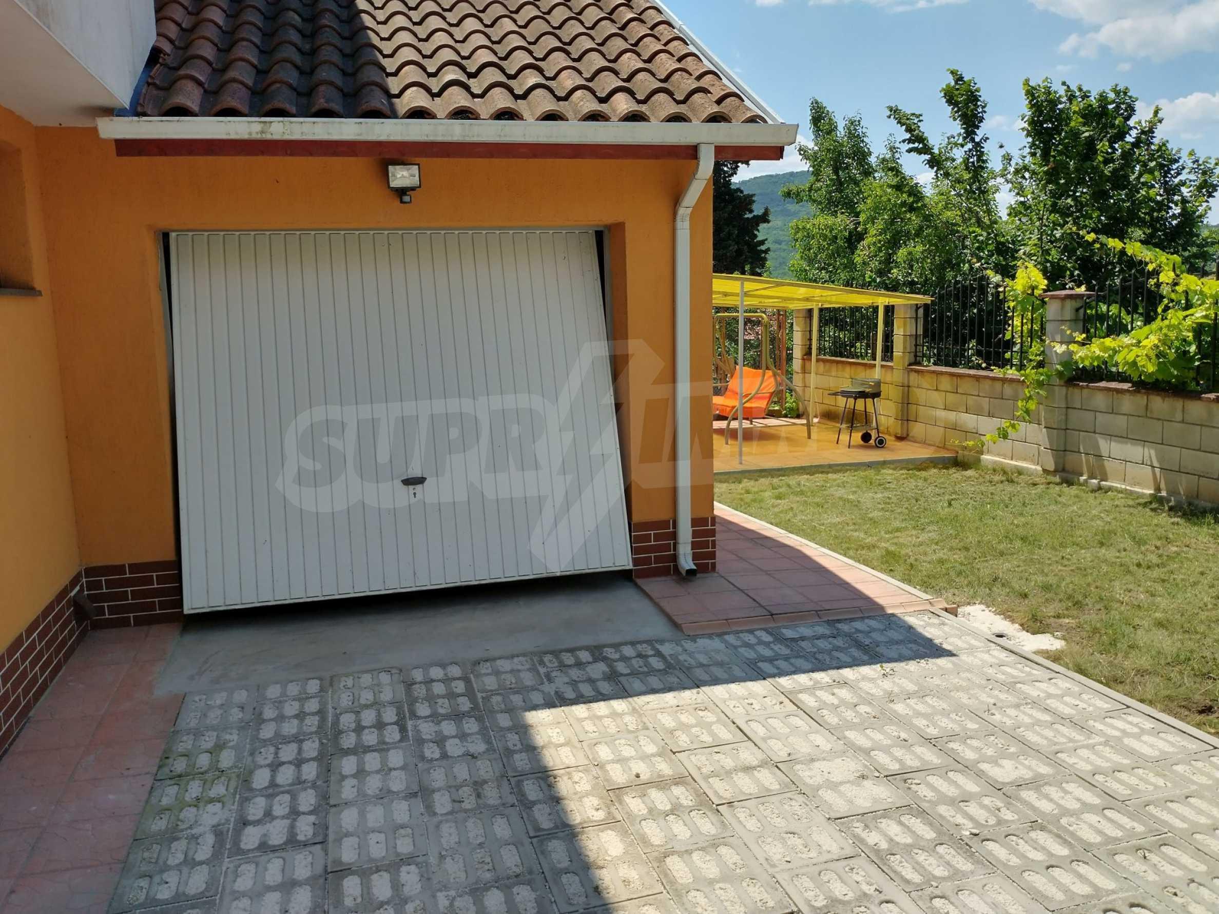 The Orange House 18