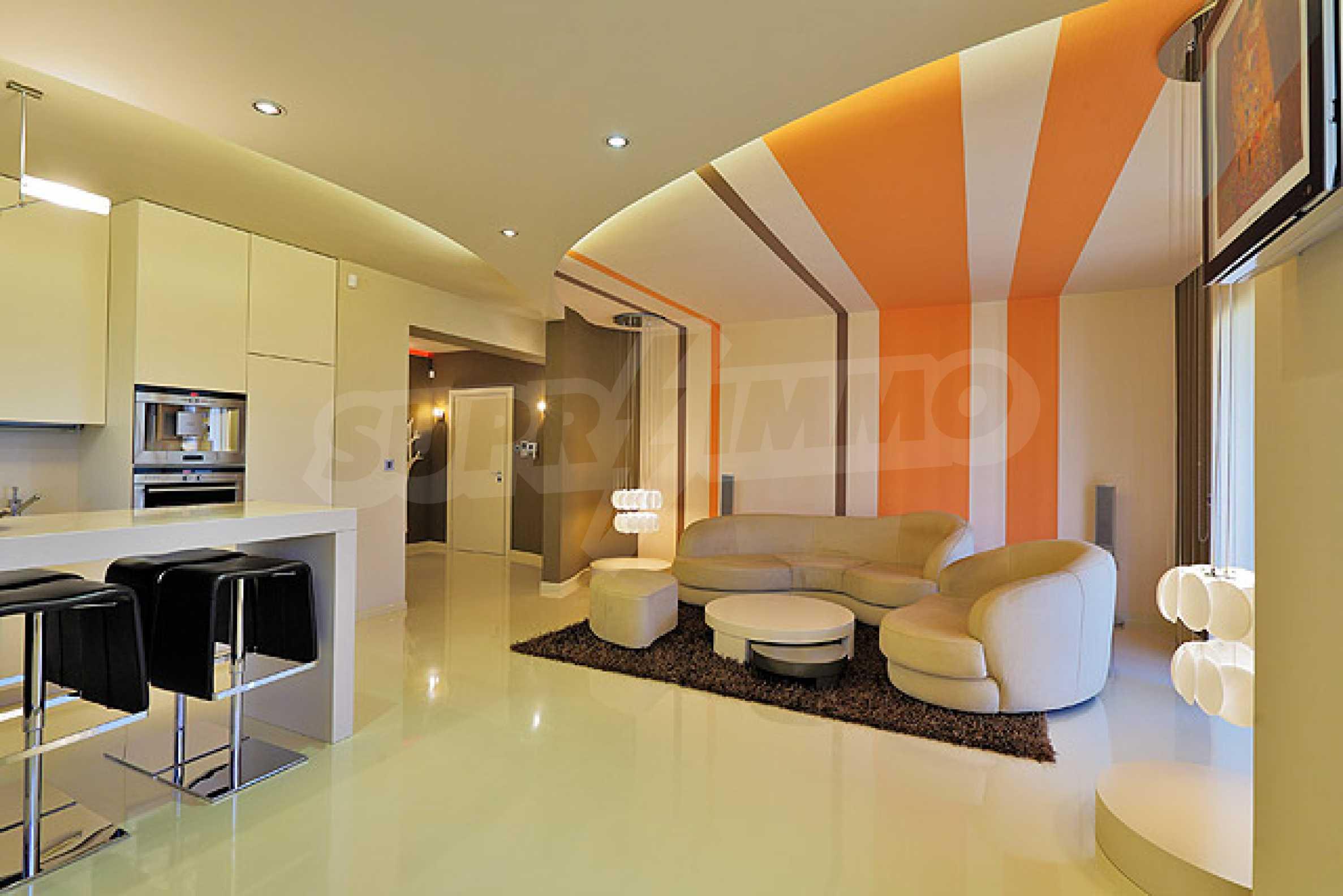 Луксозно обзаведен двустаен апартамент 5