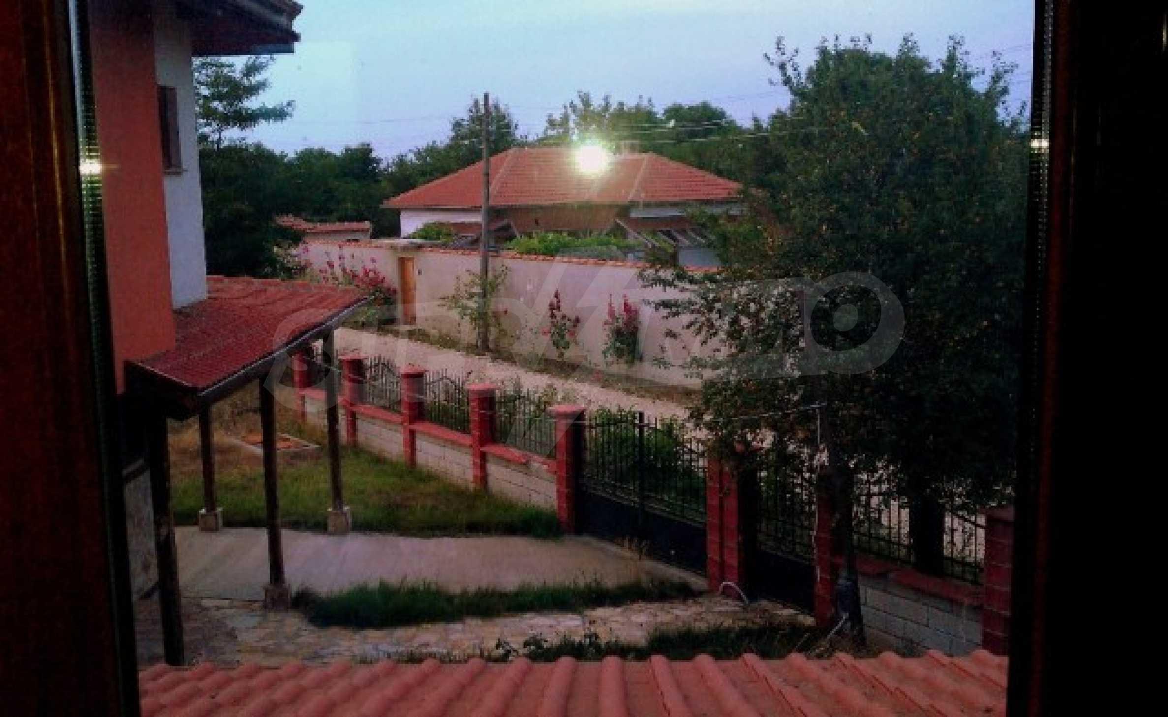 Neues zweistöckiges Haus 5 km von Baltschik entfernt 4