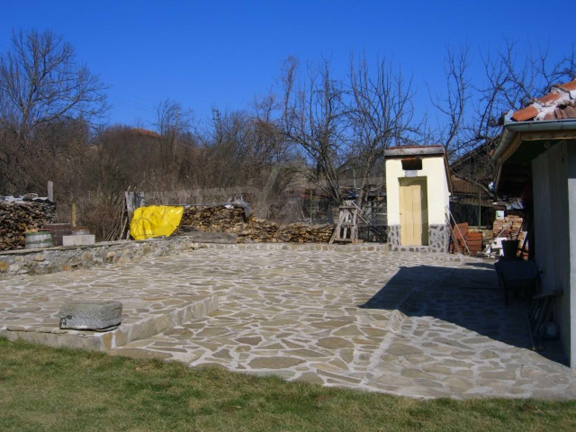 Готов за нанасяне, слънчев имот 6
