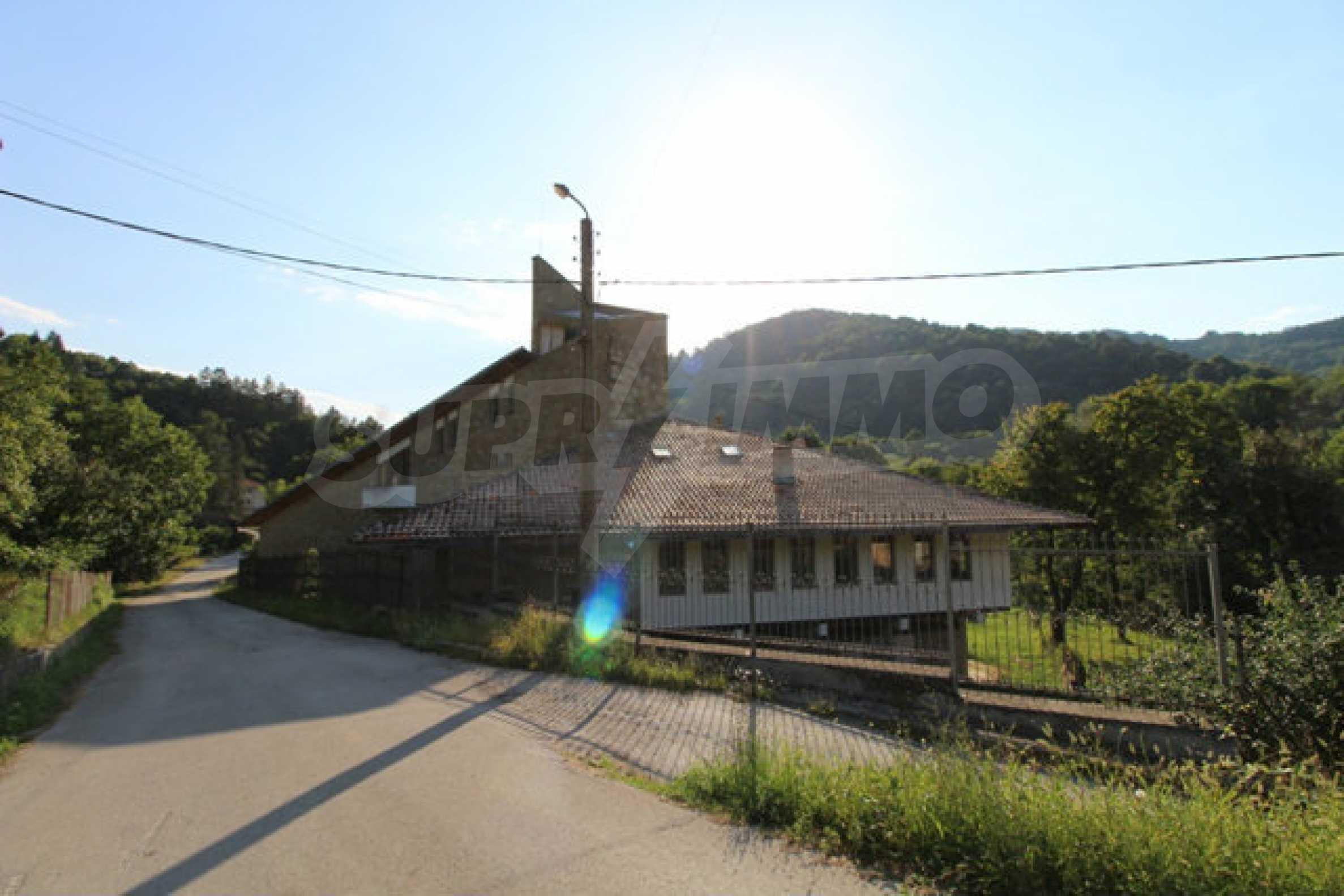 Hotel zum Verkauf in der Nähe von Veliko Tarnovo 12