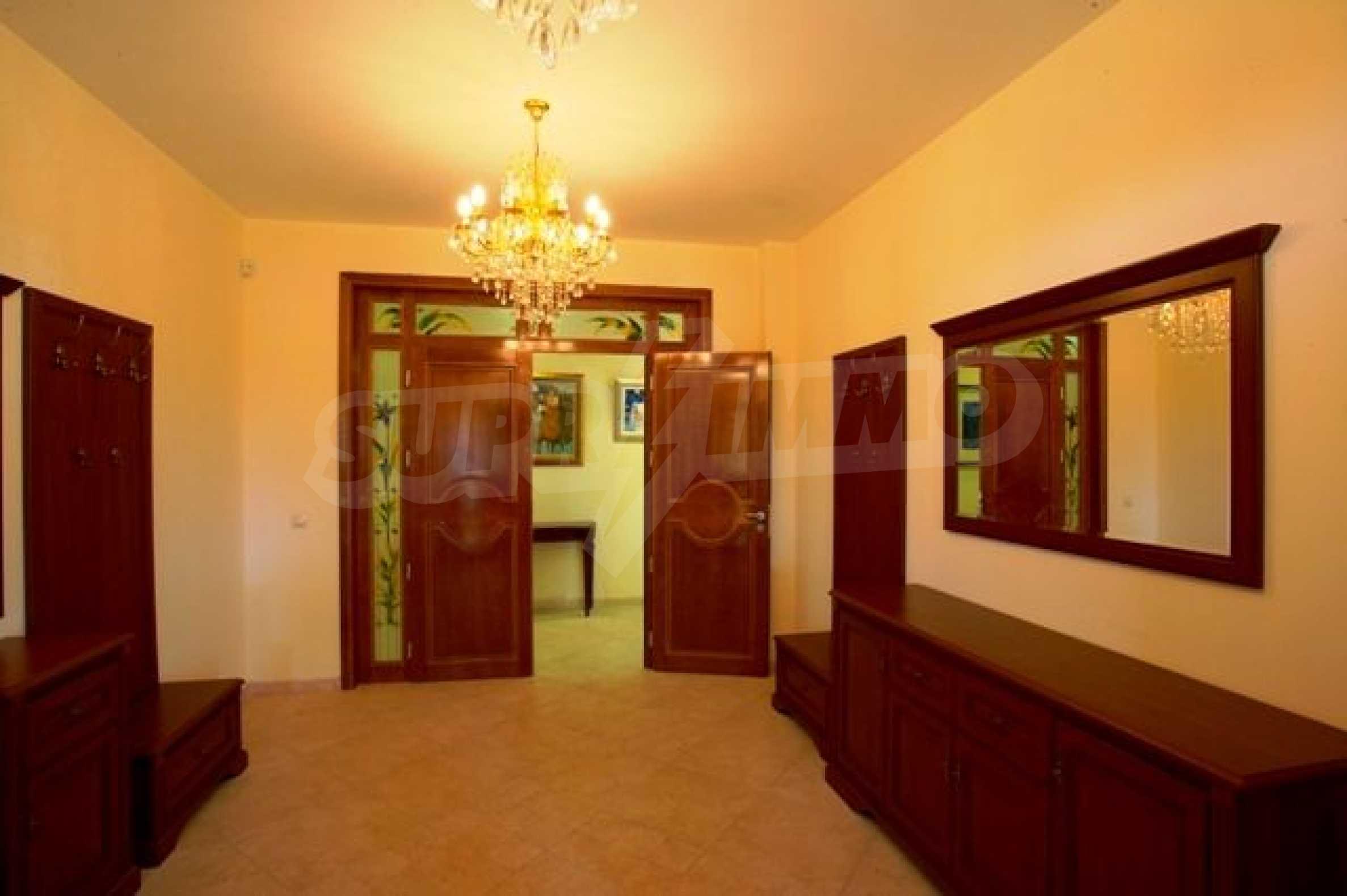 Mansion near Varna 29