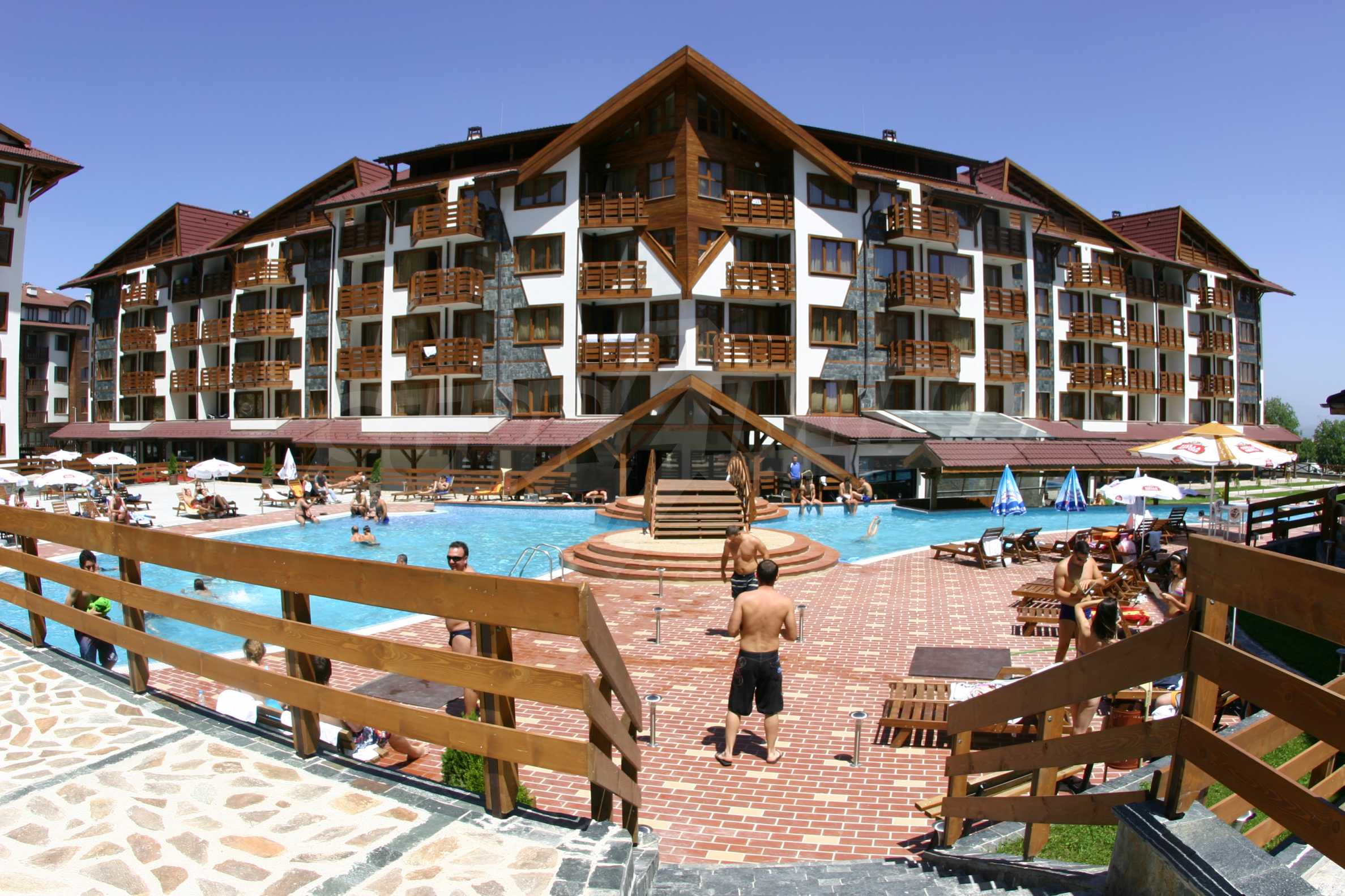 Studio for sale in the best gated complex in Bansko 9