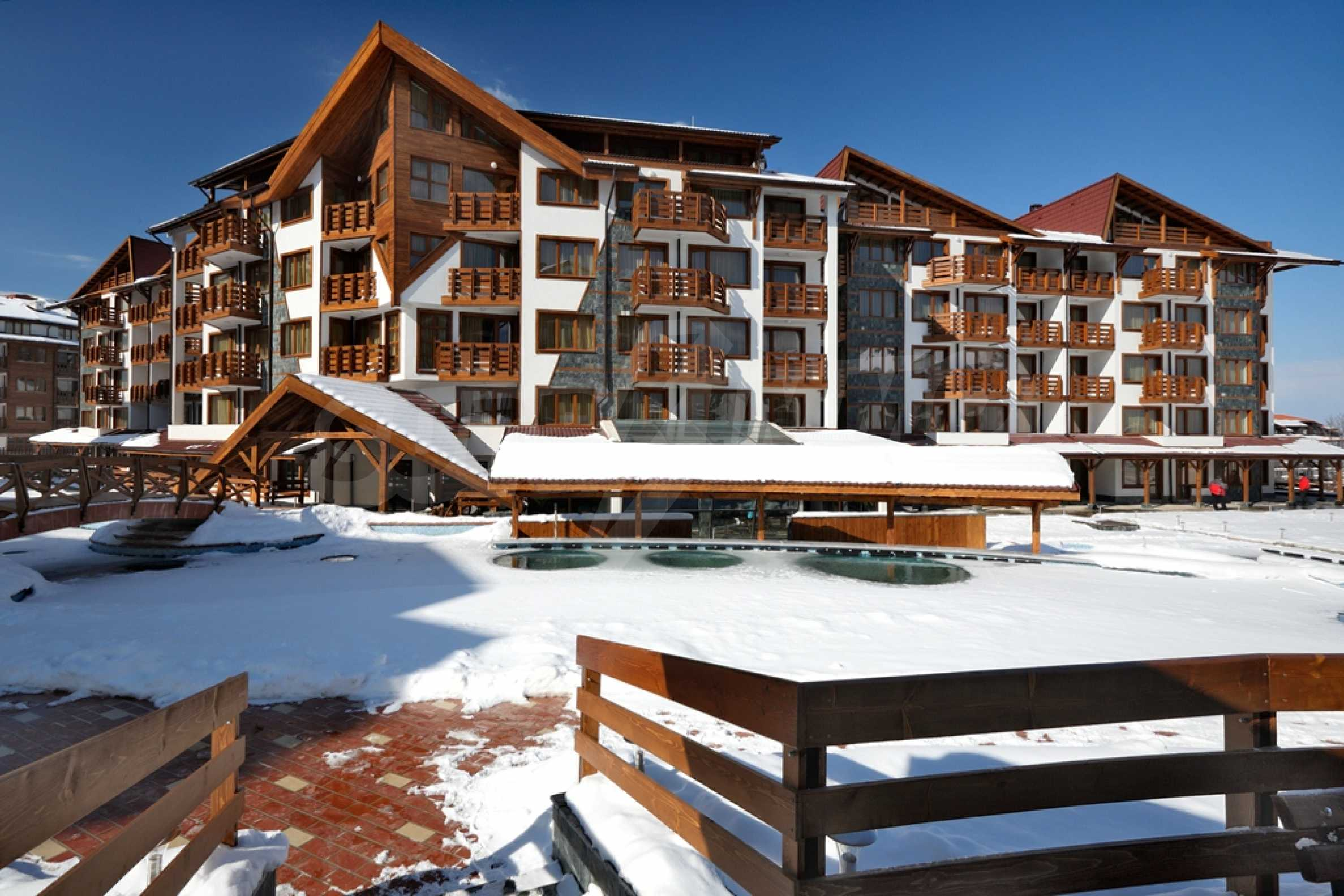 Studio for sale in the best gated complex in Bansko 14