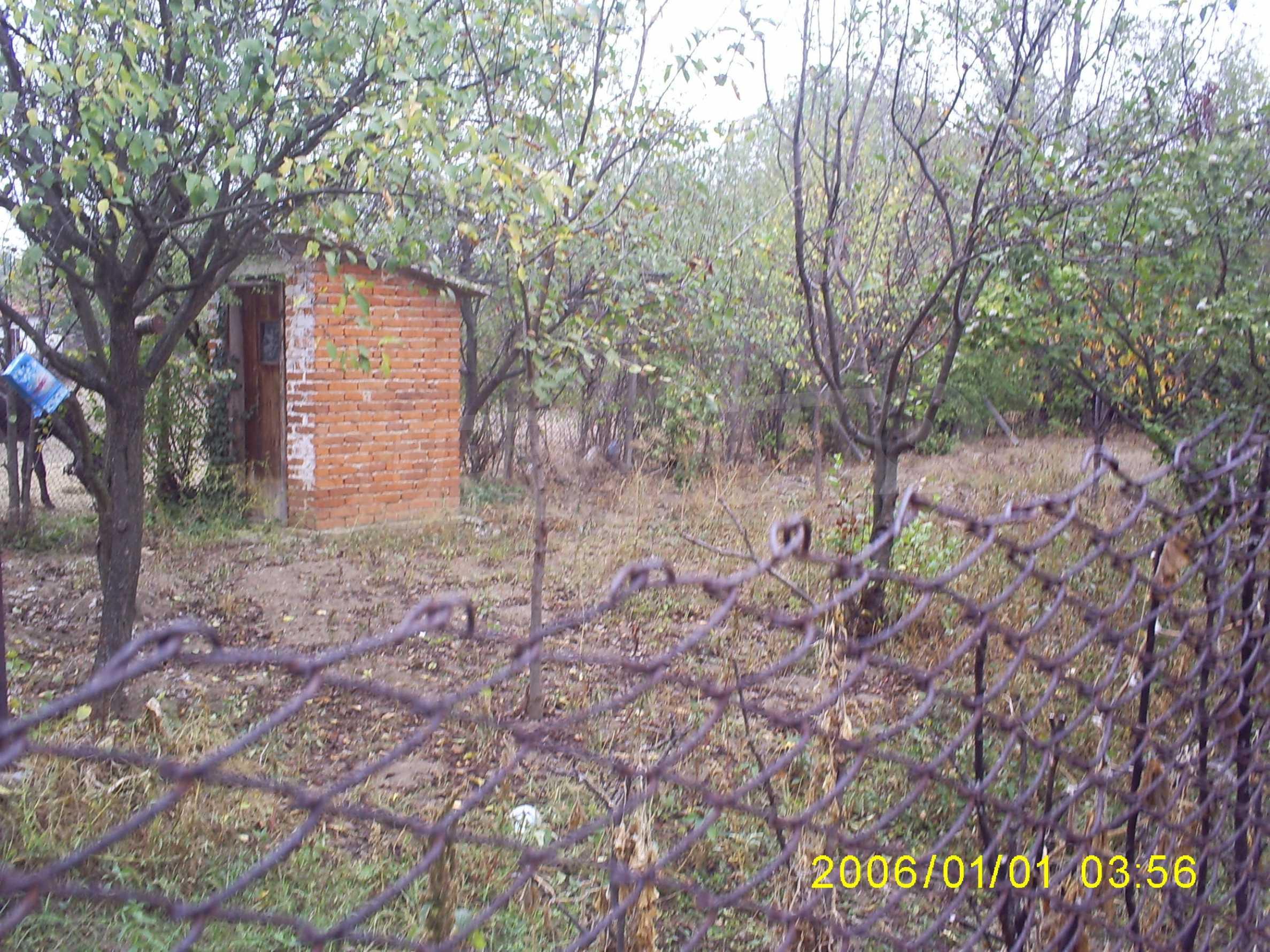 Massives zweistöckiges Haus mit einem Garten zu einem guten Preis in der Nähe von Widin 9