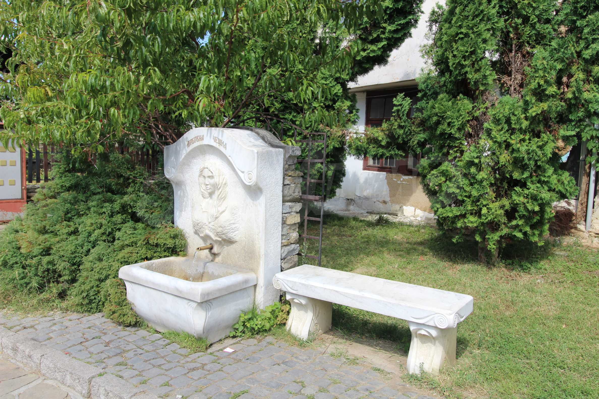 Къща в град Трявна 2