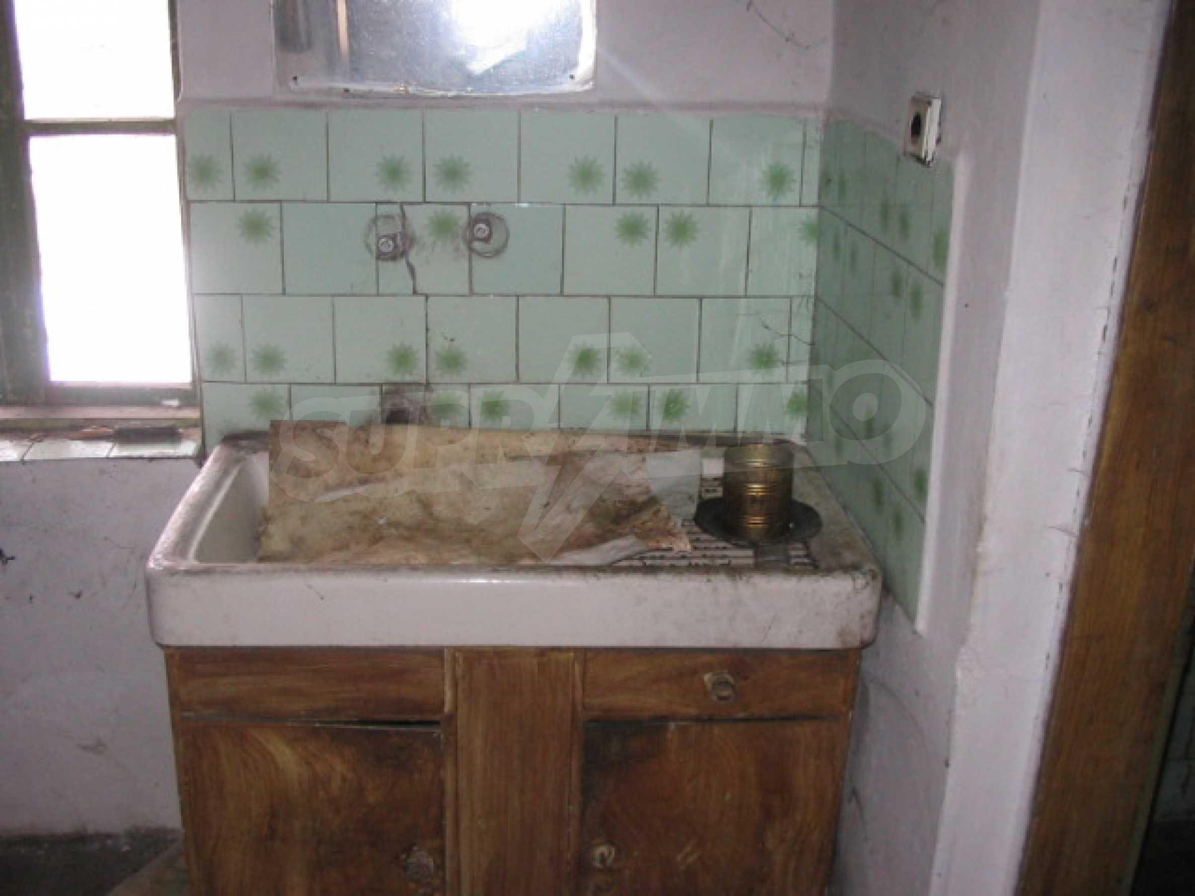 Къща за продажба близо до гр. Велико Търново 6