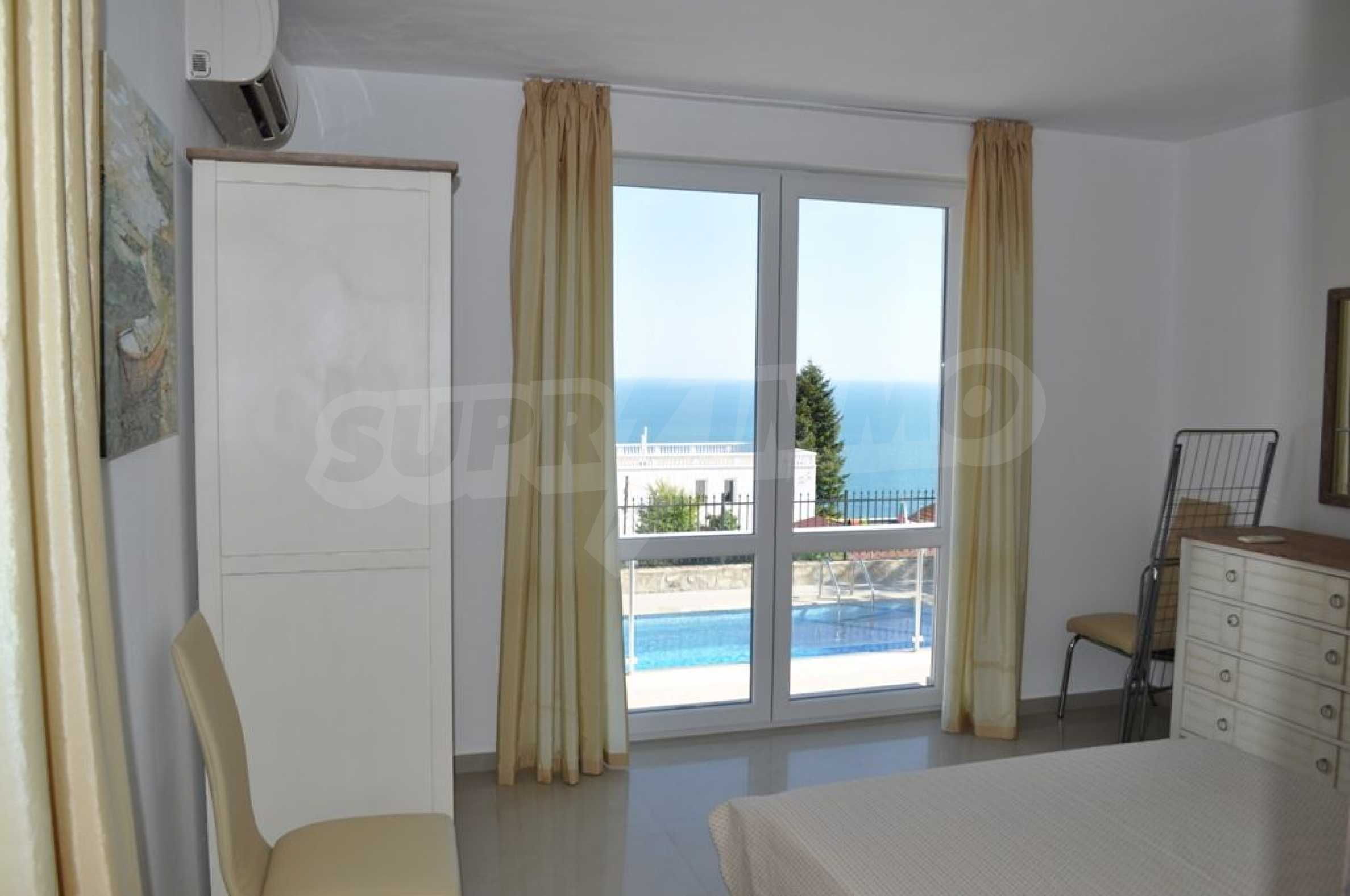 Luxury villa with 4 bedrooms for rent in Albena area  13