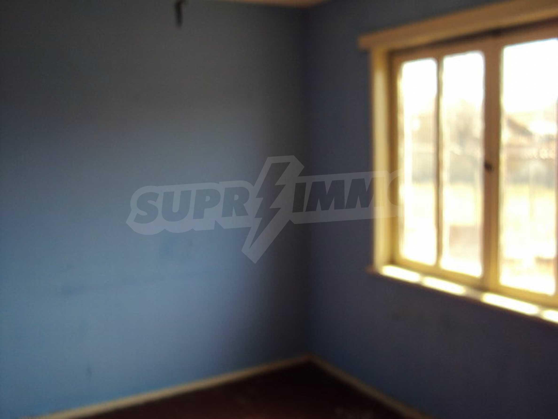 Едноетажна къща в село Бутово 14