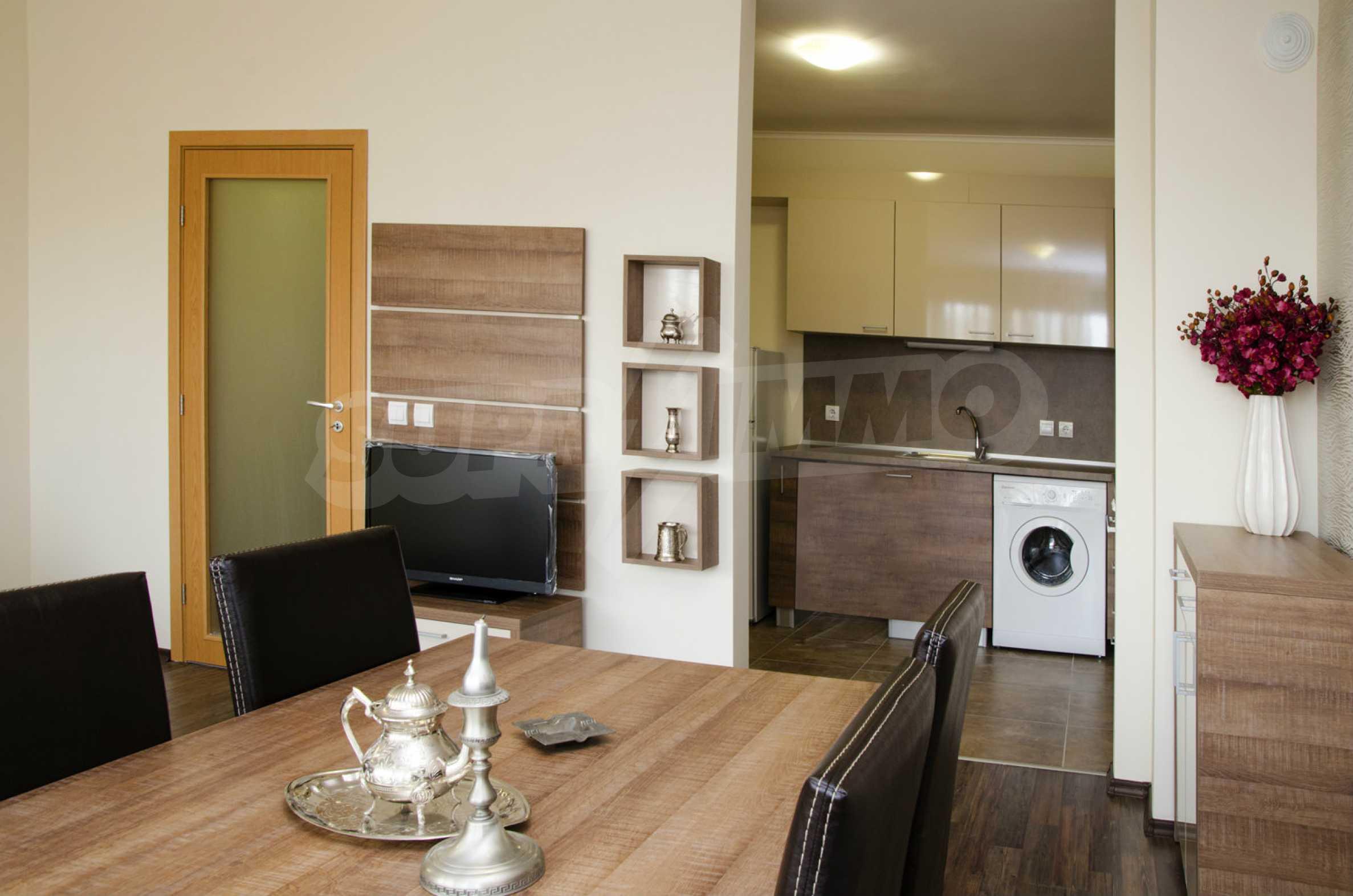 Luxus-Apartment mit einem Schlafzimmer im Royal City Complex 1