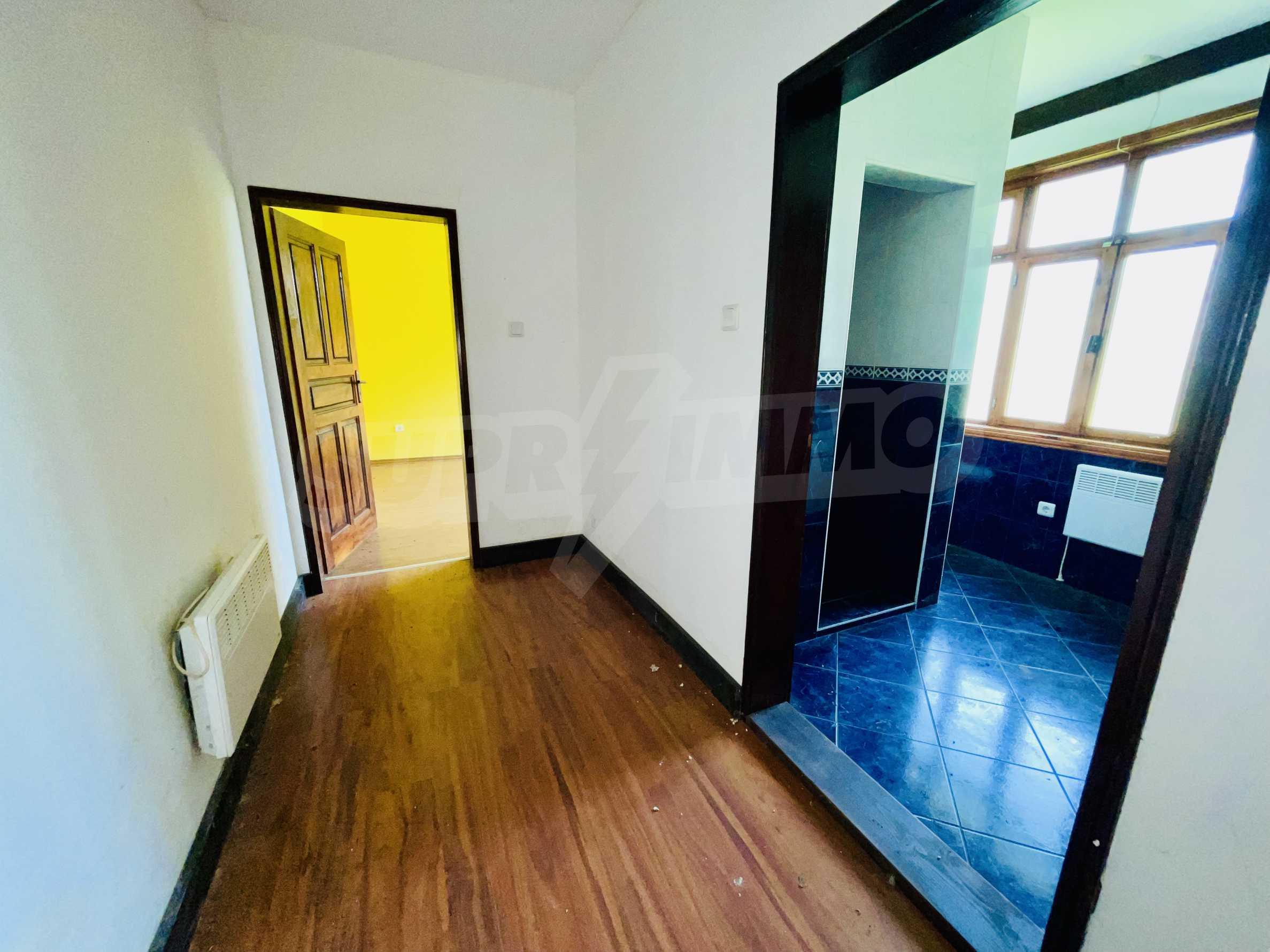 Komplett renoviertes und bezugsfertiges Haus 9