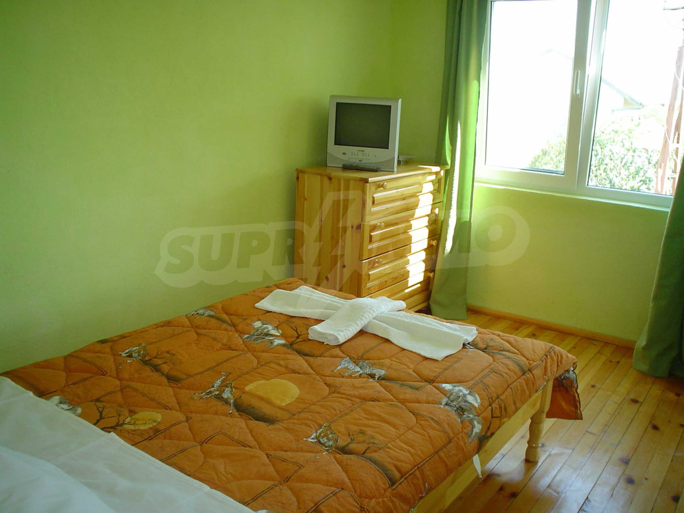 Nice guest house with pool and bar 17