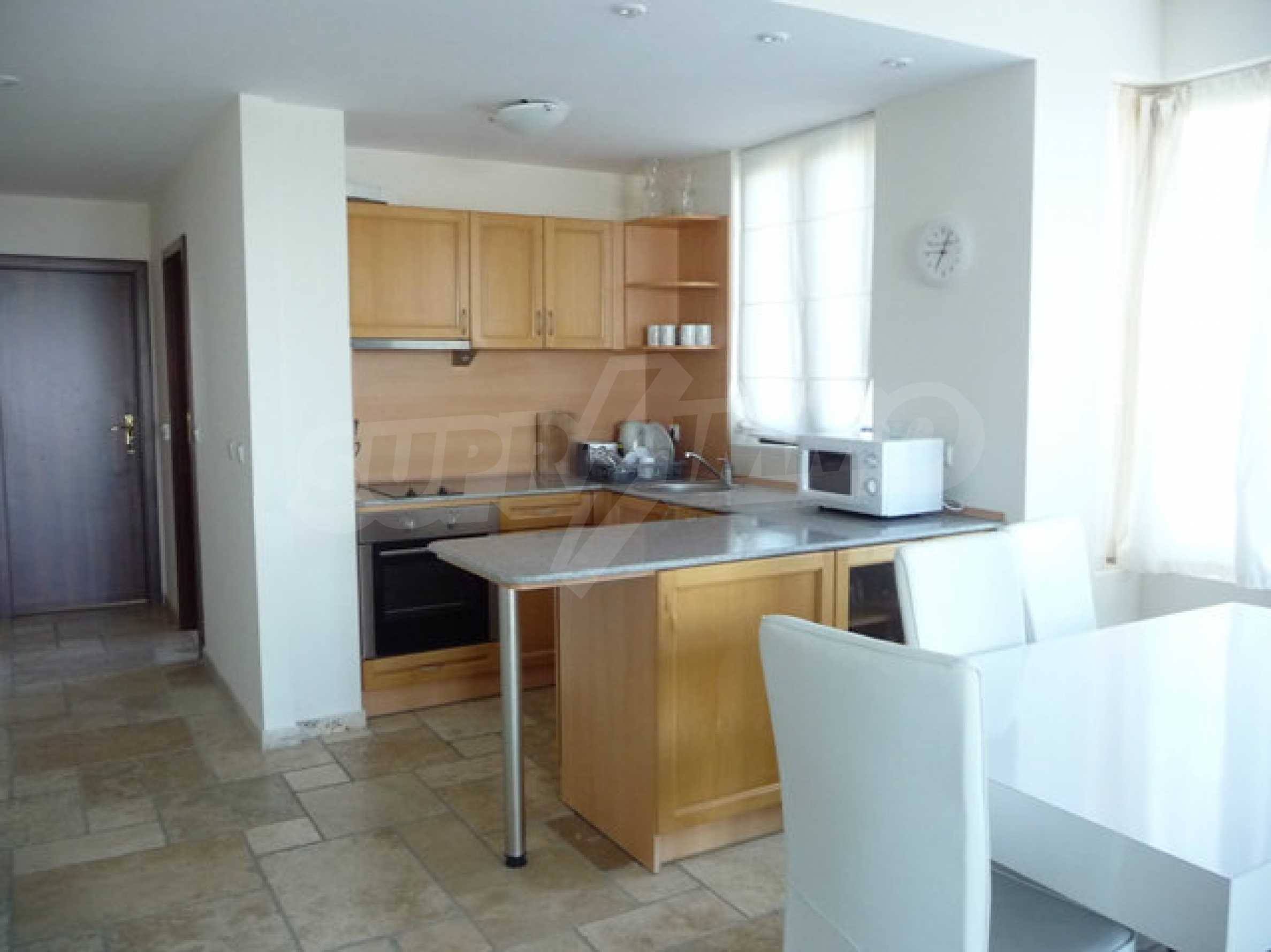 Large 2-bedroom apartment in Kaliakria complex 9