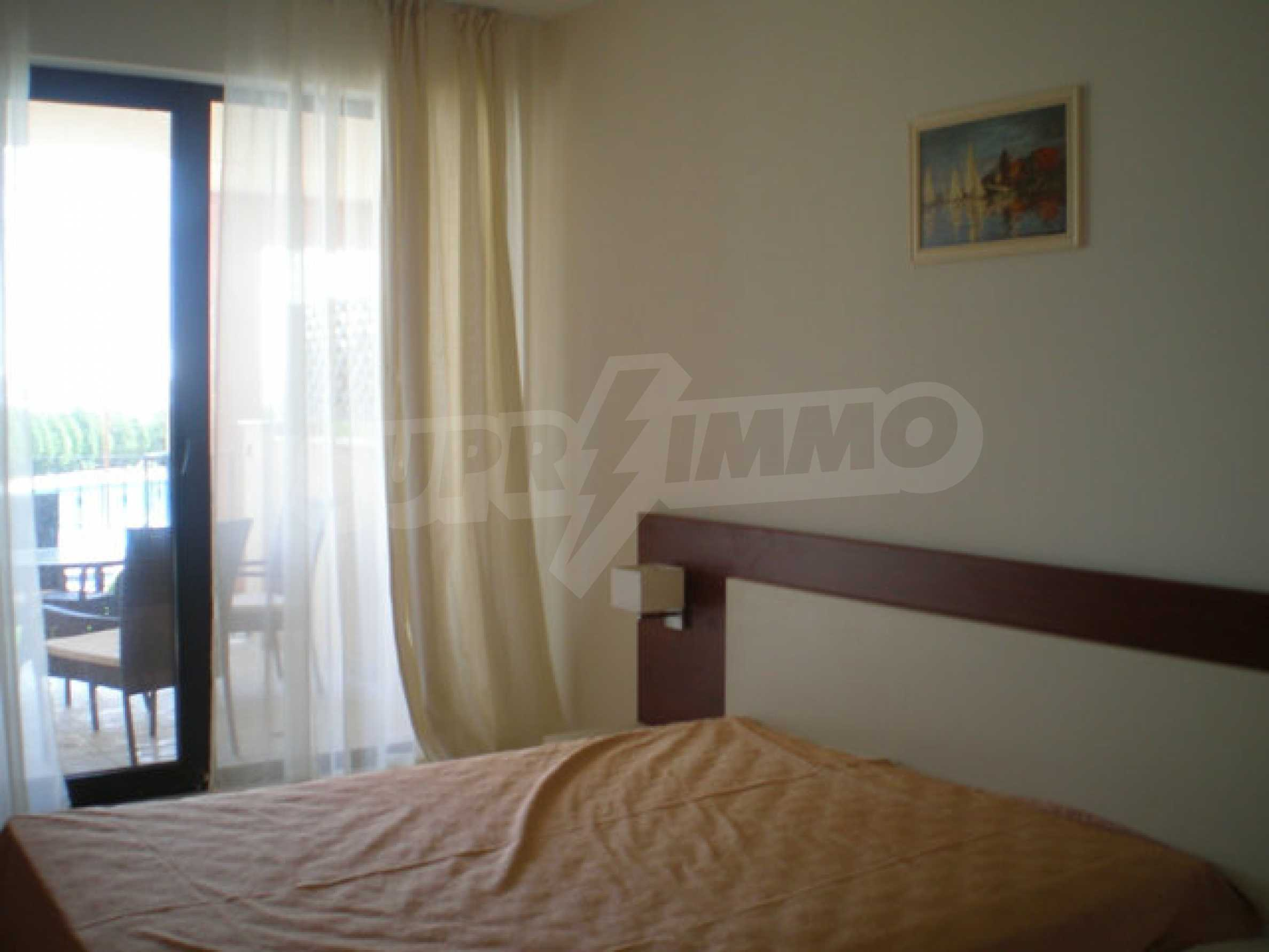 Large 2-bedroom apartment in Kaliakria complex 15