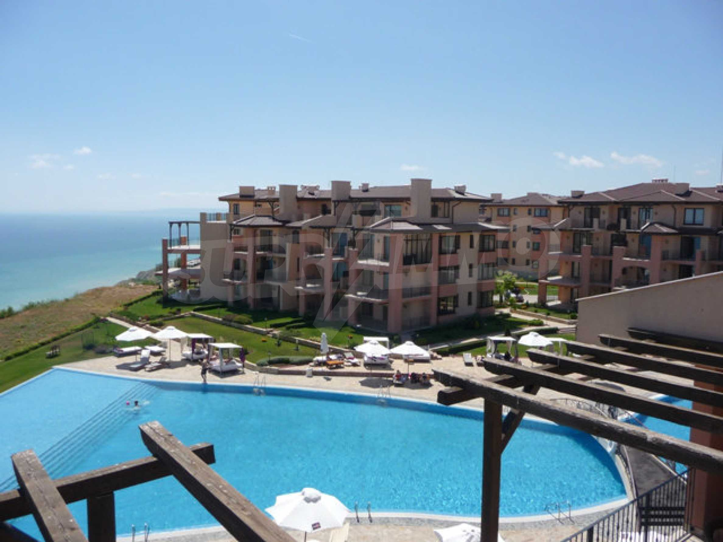 Large 2-bedroom apartment in Kaliakria complex 1