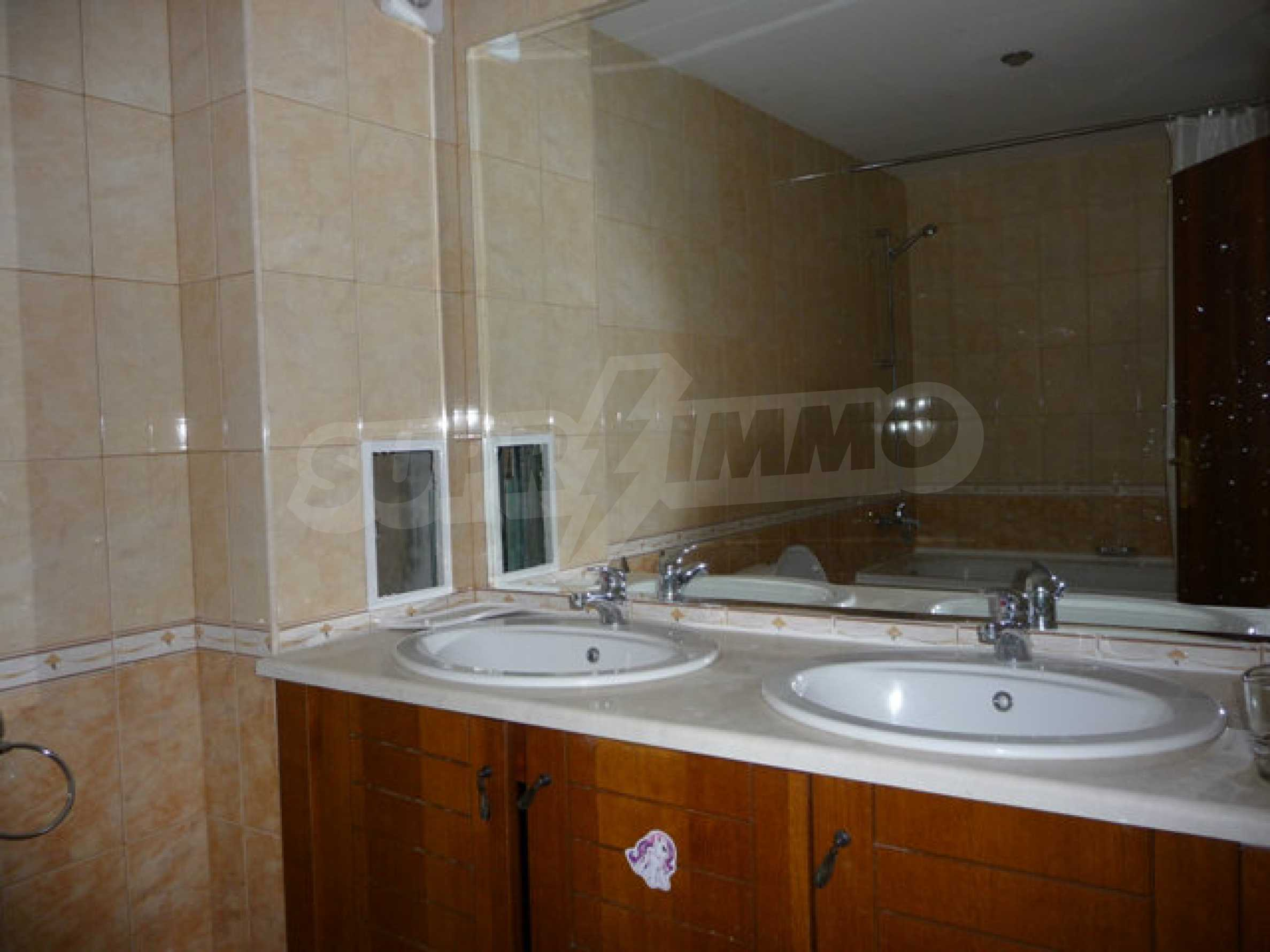 Large 2-bedroom apartment in Kaliakria complex 26