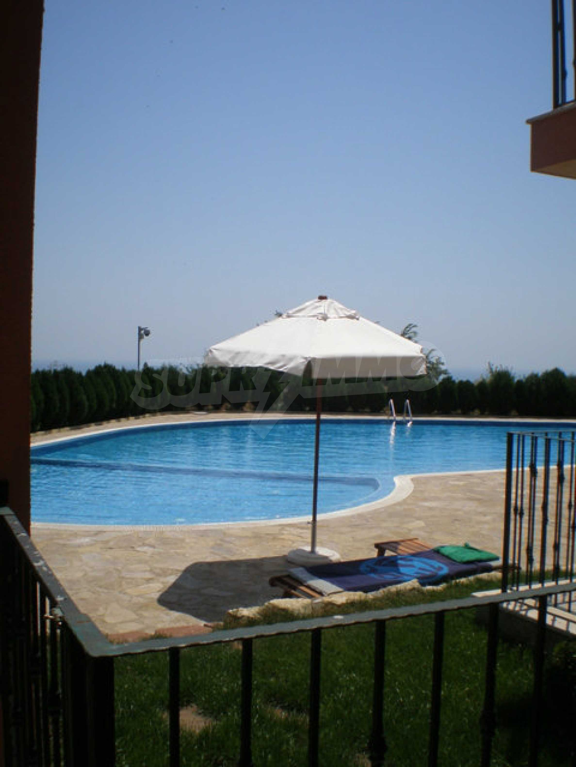 Large 2-bedroom apartment in Kaliakria complex 38