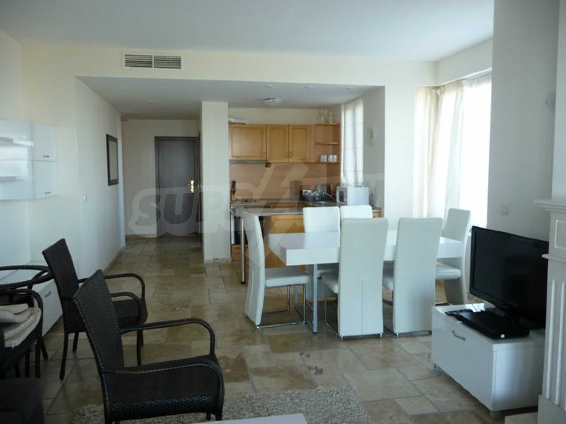 Large 2-bedroom apartment in Kaliakria complex 7