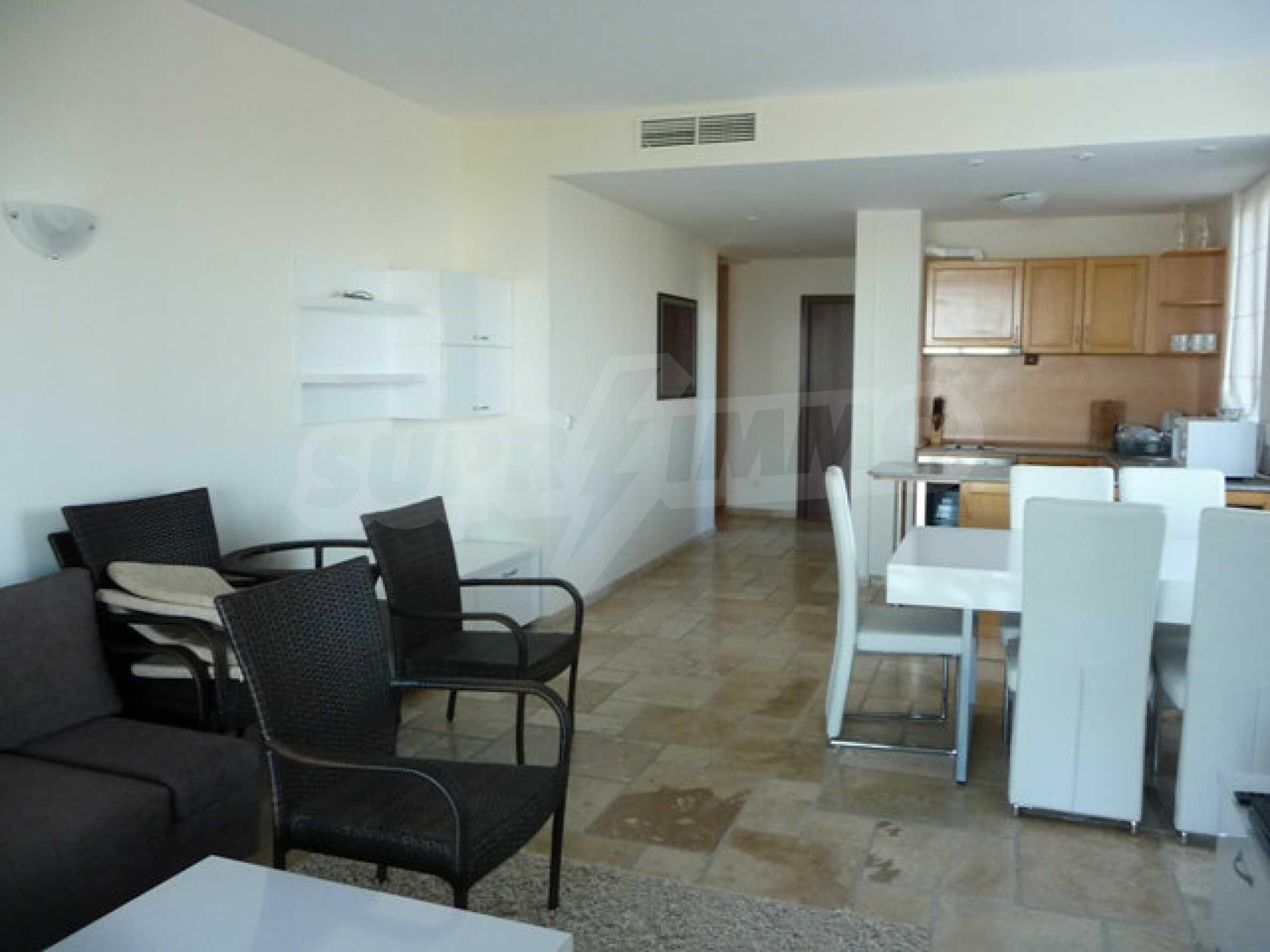 Large 2-bedroom apartment in Kaliakria complex 8