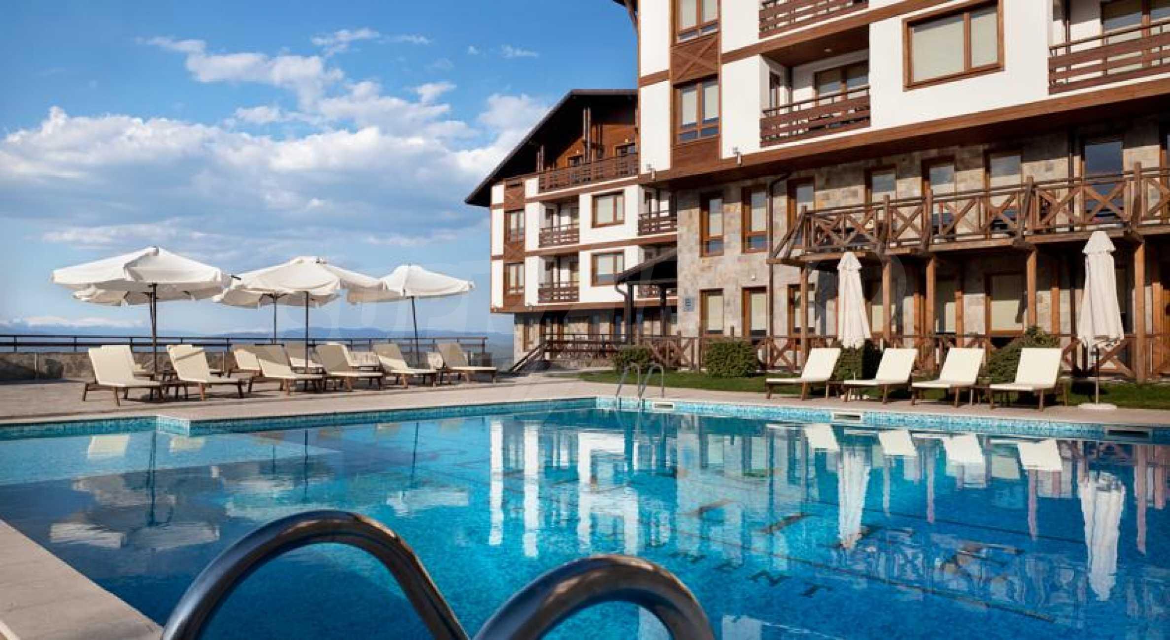 Green Life Ski & SPA Resort Bansko 12
