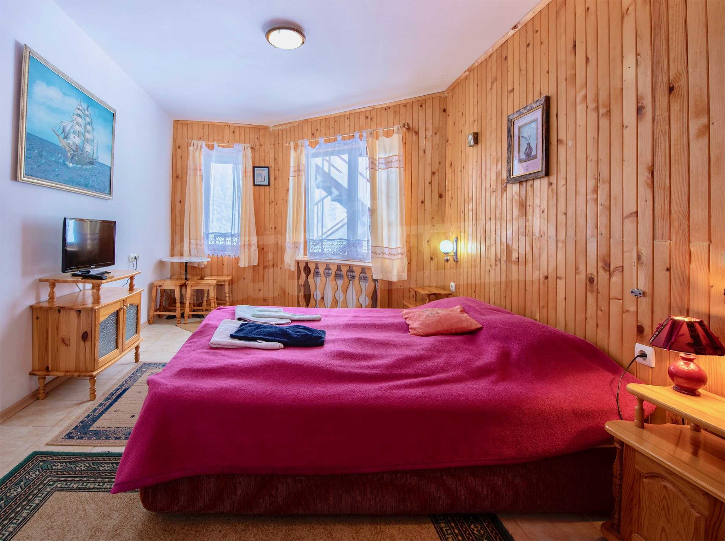Operating hotel in ski resort Pamporovo 30