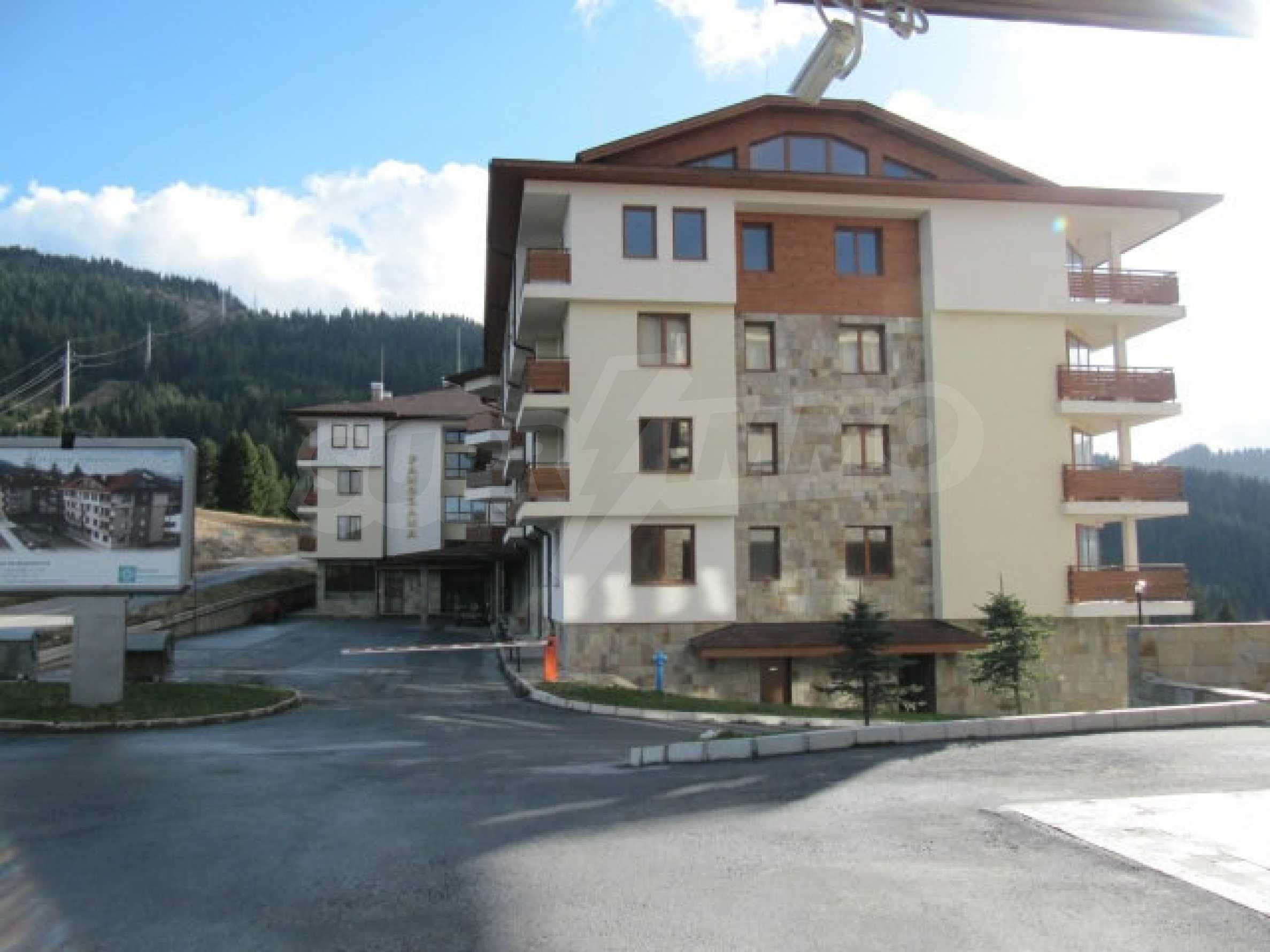 Top floor apartment in Pamporovo 1