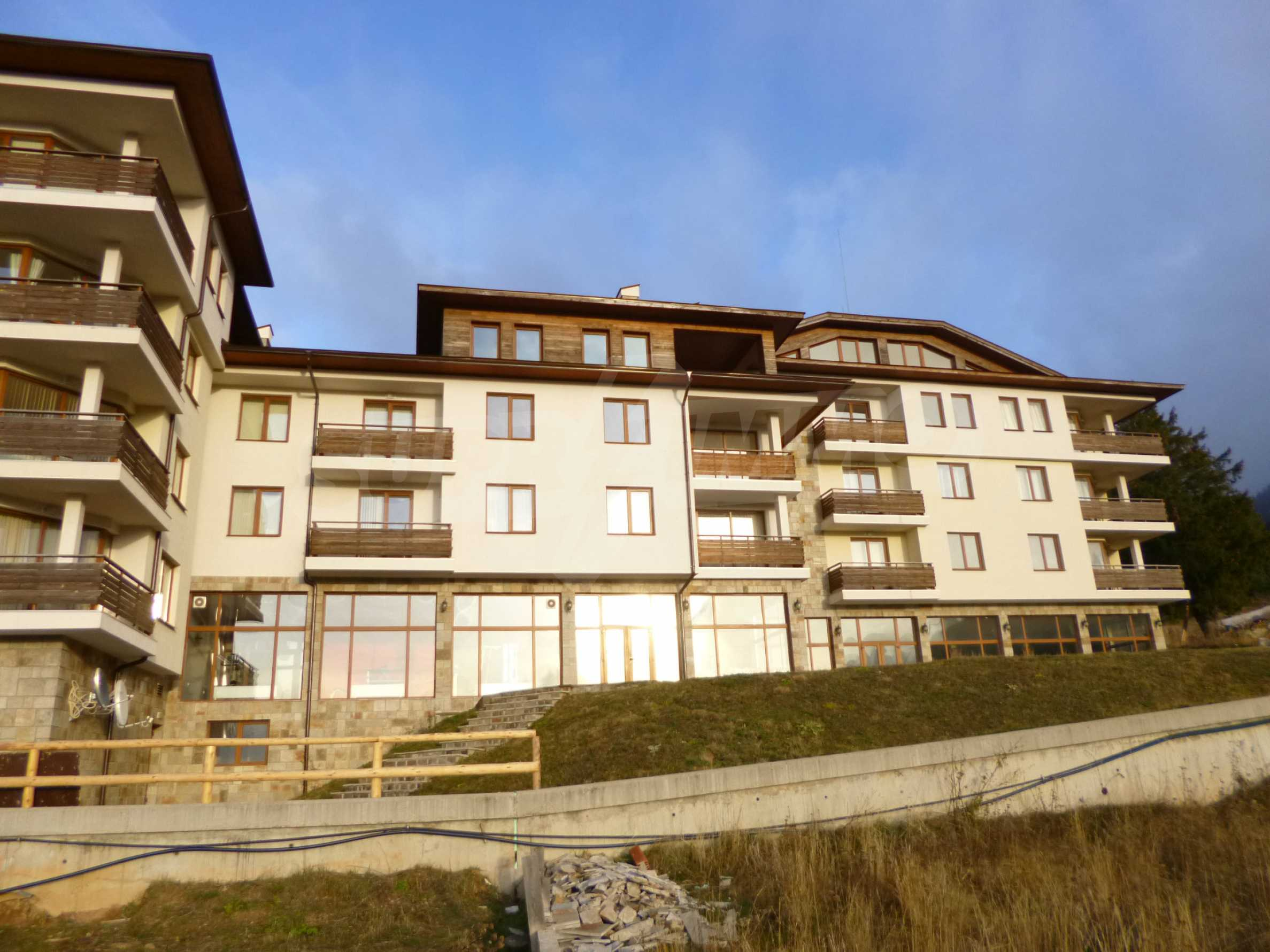 Top floor apartment in Pamporovo 3