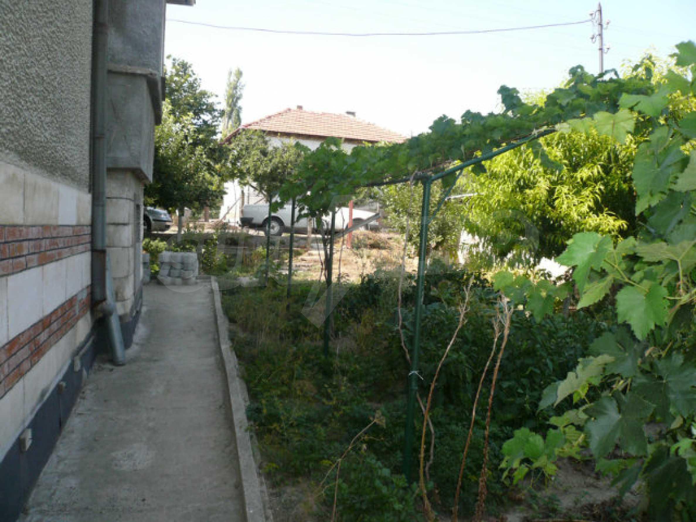 Schönes und solides zweistöckiges Landhaus in der Nähe von Vidin 7