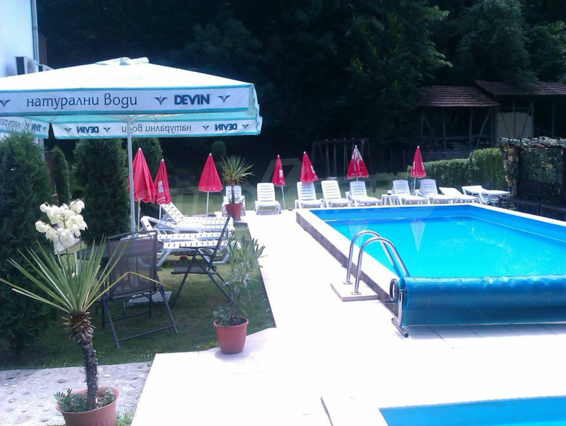 Gemütliches Hotel mit Pool im Herzen des Balkangebirges 3