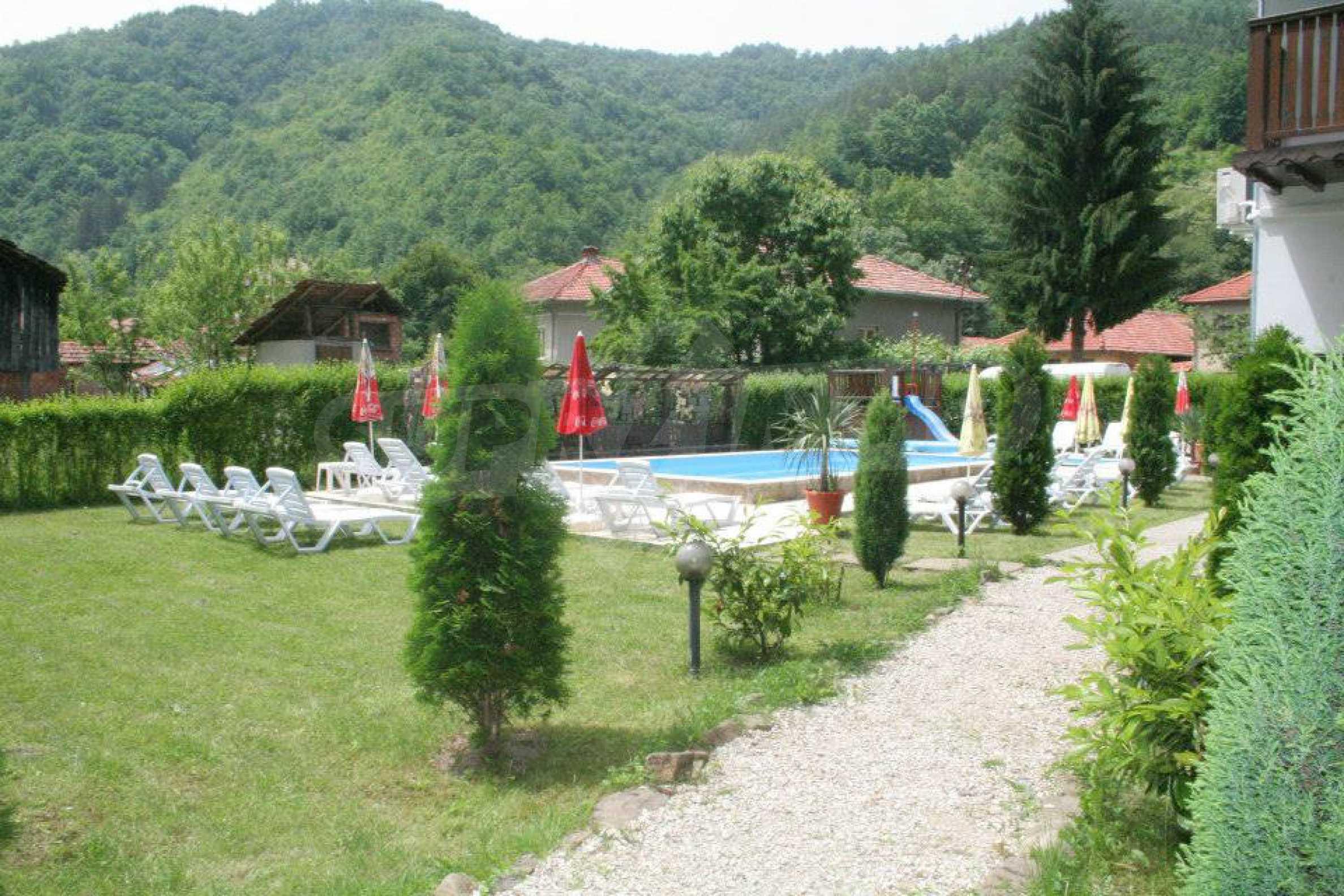 Gemütliches Hotel mit Pool im Herzen des Balkangebirges 7