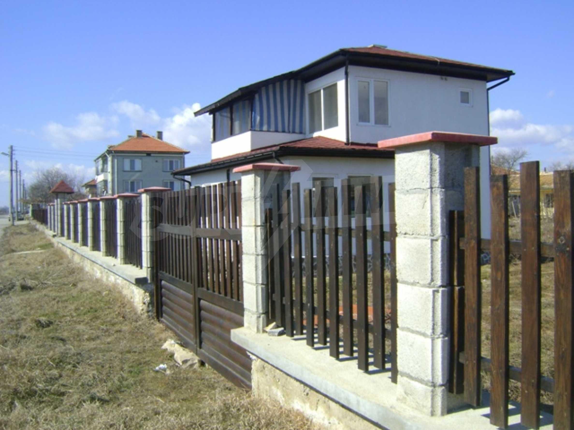 Neues Haus im Dorf Vetrino 3