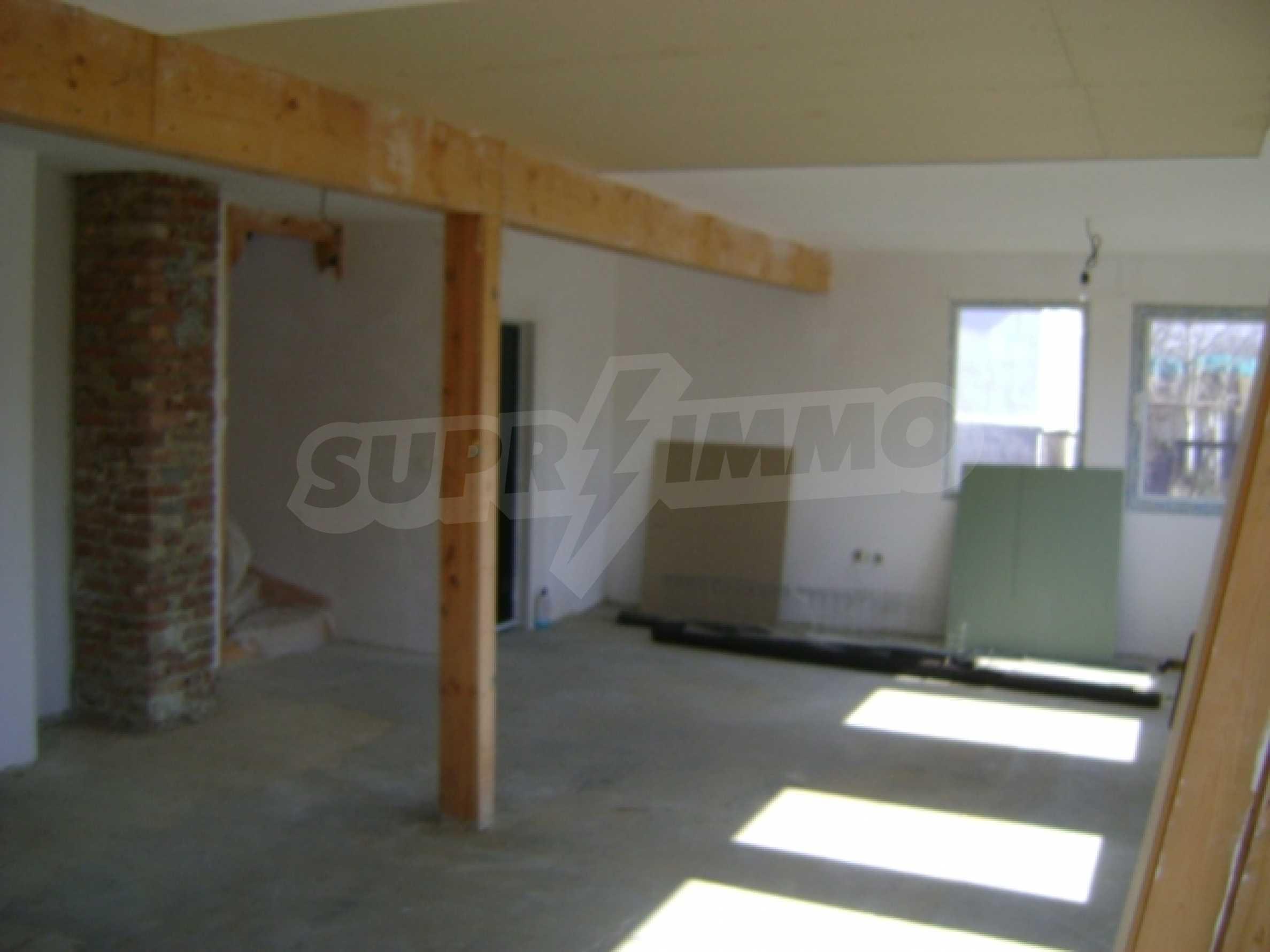 Neues Haus im Dorf Vetrino 6