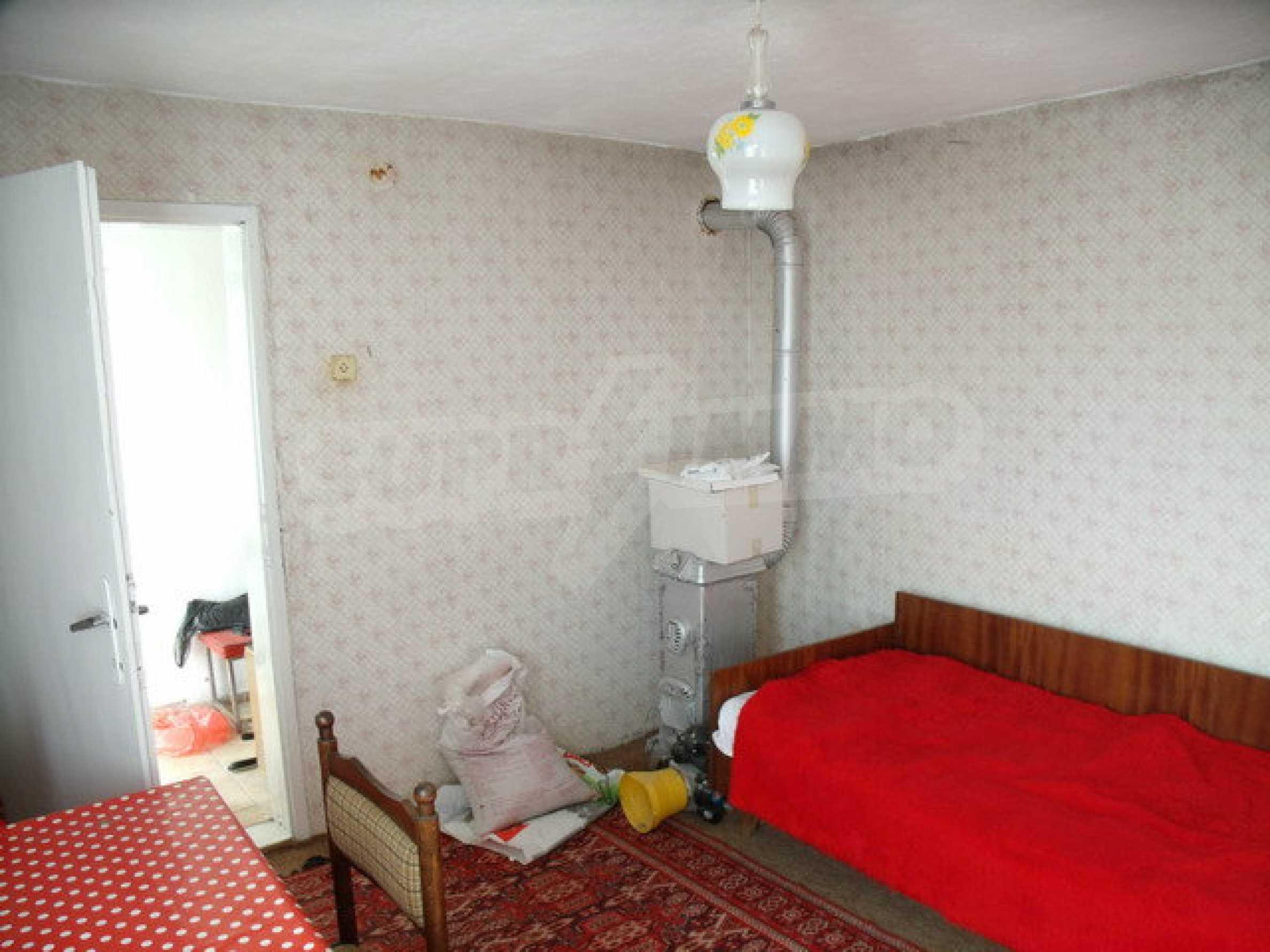 Дом в 15 км от Велико Тырново 23
