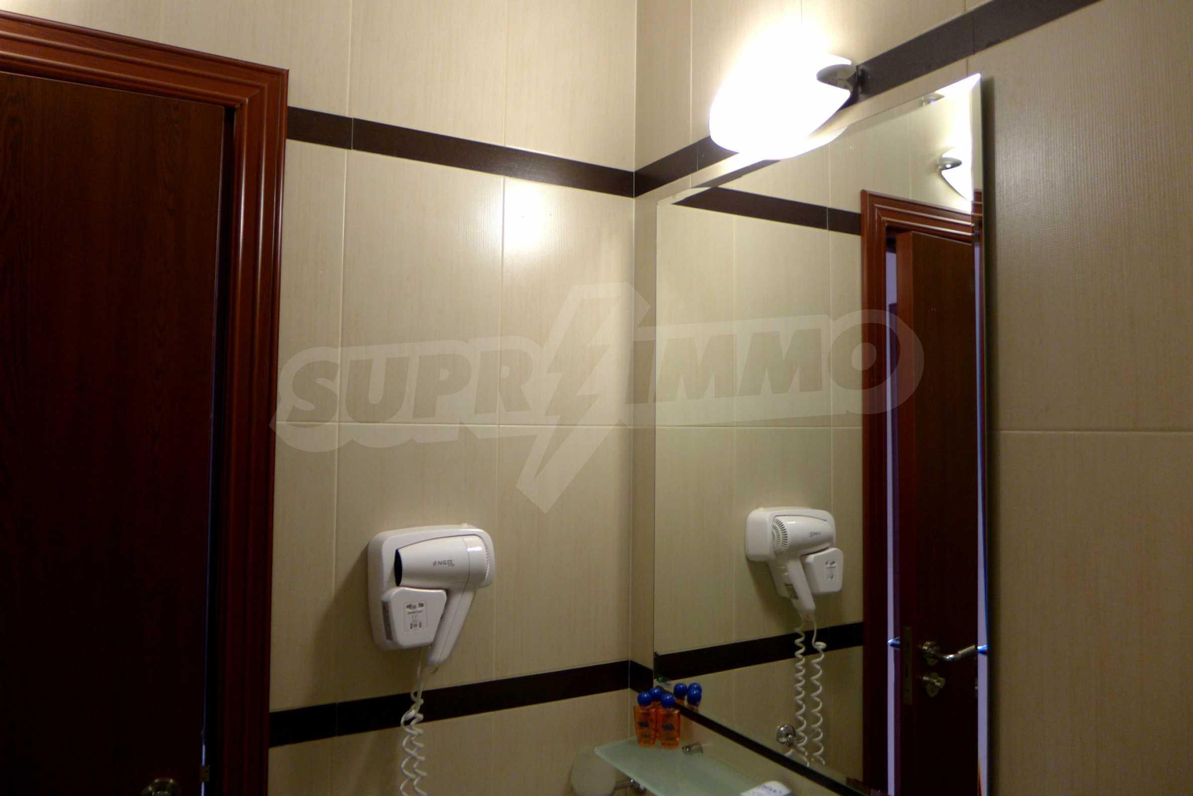Ein-Zimmer-Wohnung in Redenka Palace 16