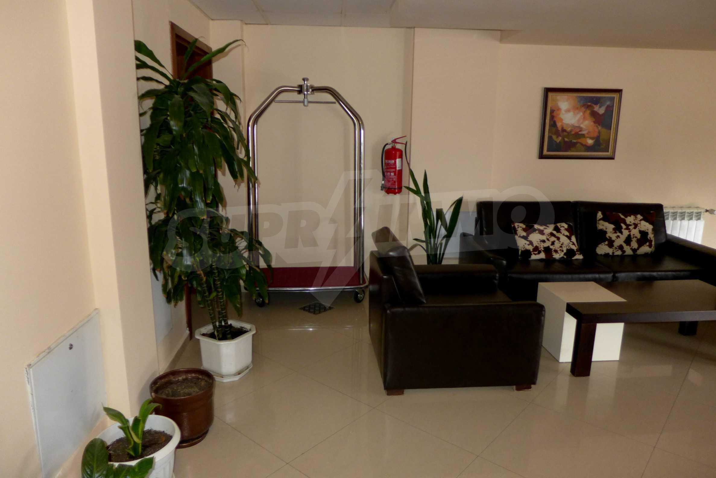 Ein-Zimmer-Wohnung in Redenka Palace 26