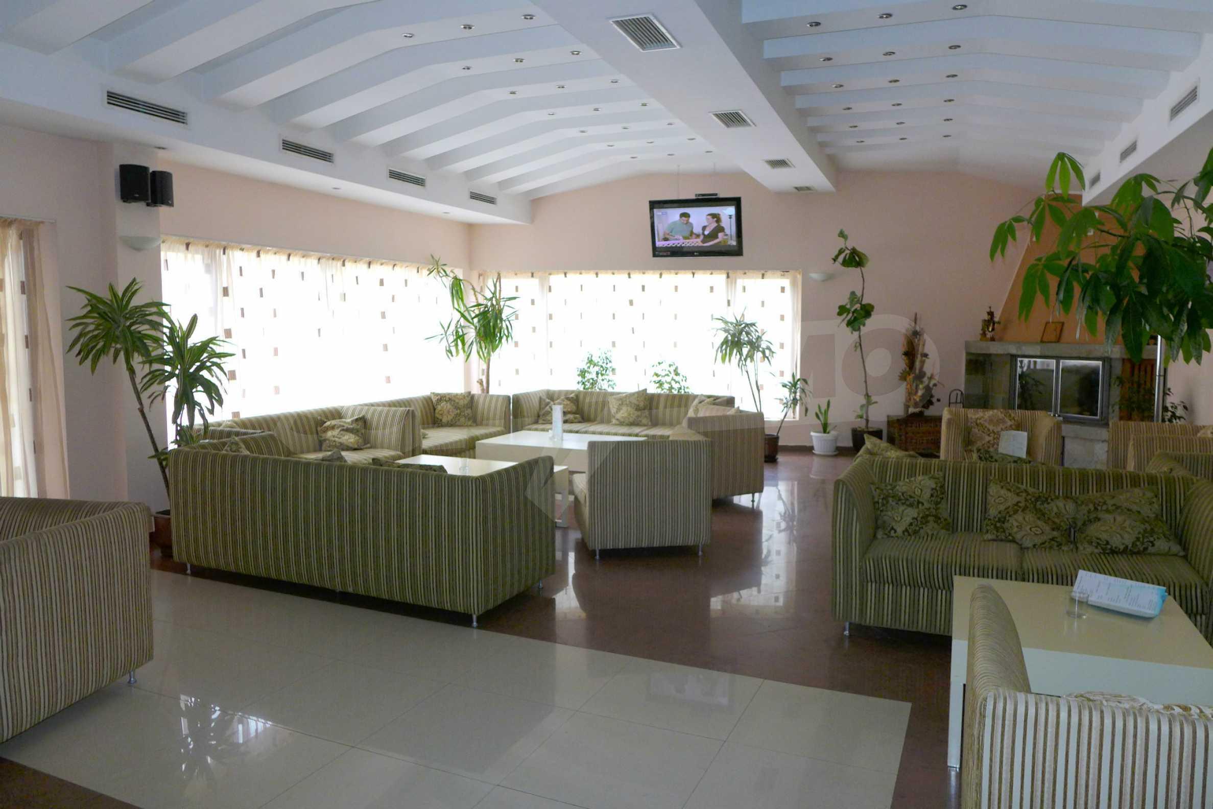 Ein-Zimmer-Wohnung in Redenka Palace 31