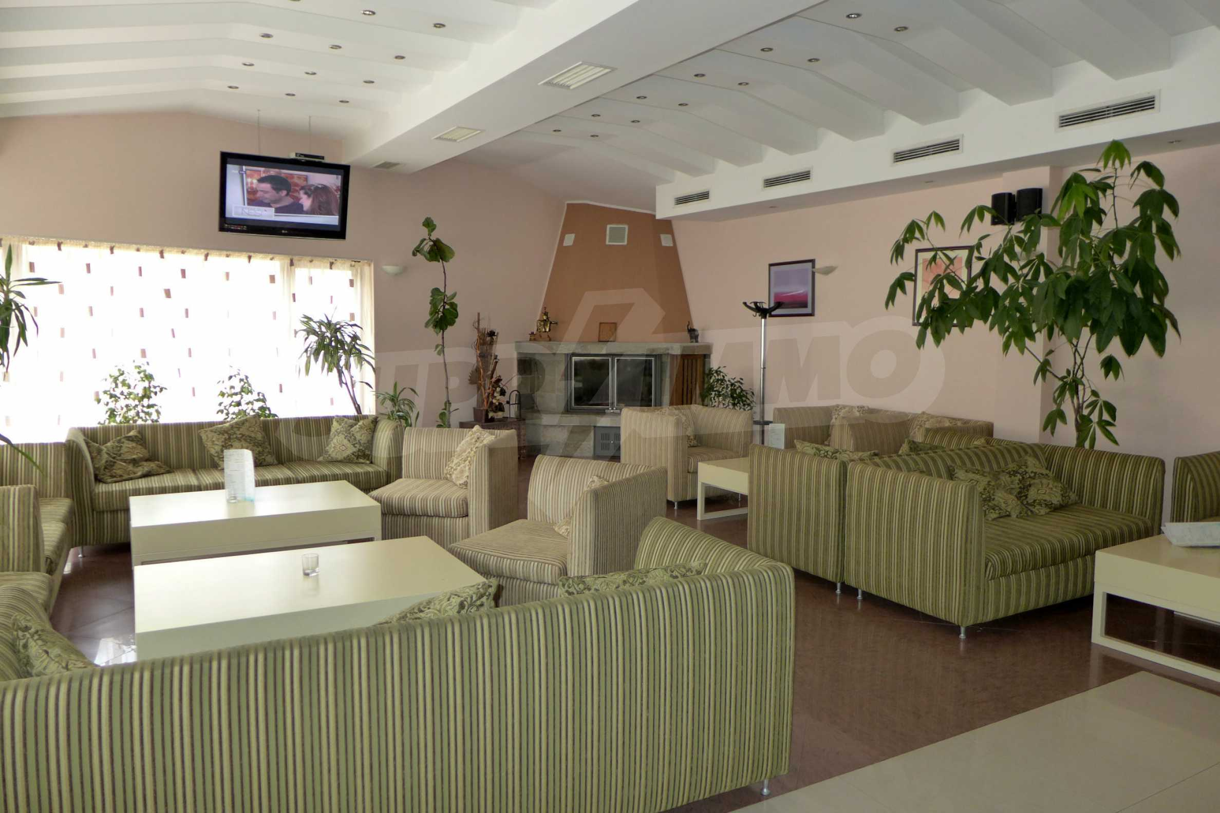 Ein-Zimmer-Wohnung in Redenka Palace 32