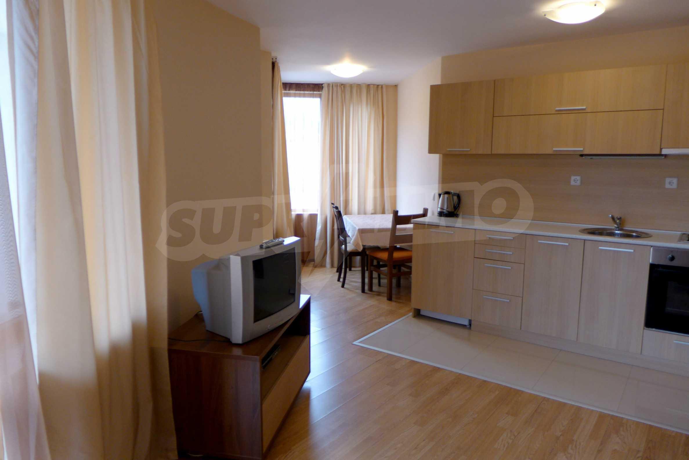 Ein-Zimmer-Wohnung in Redenka Palace 3