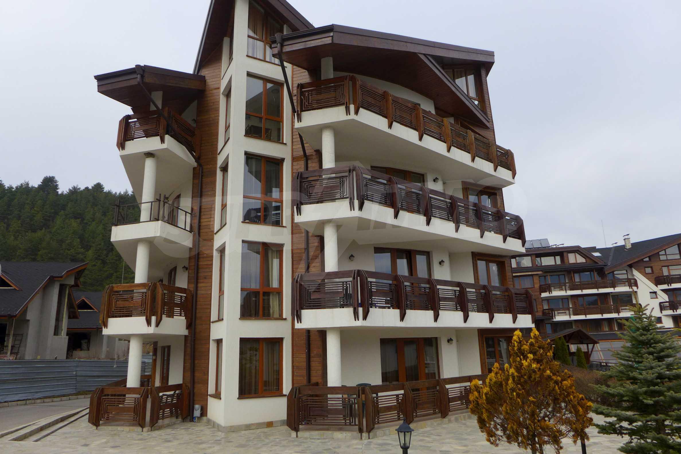 Ein-Zimmer-Wohnung in Redenka Palace 42