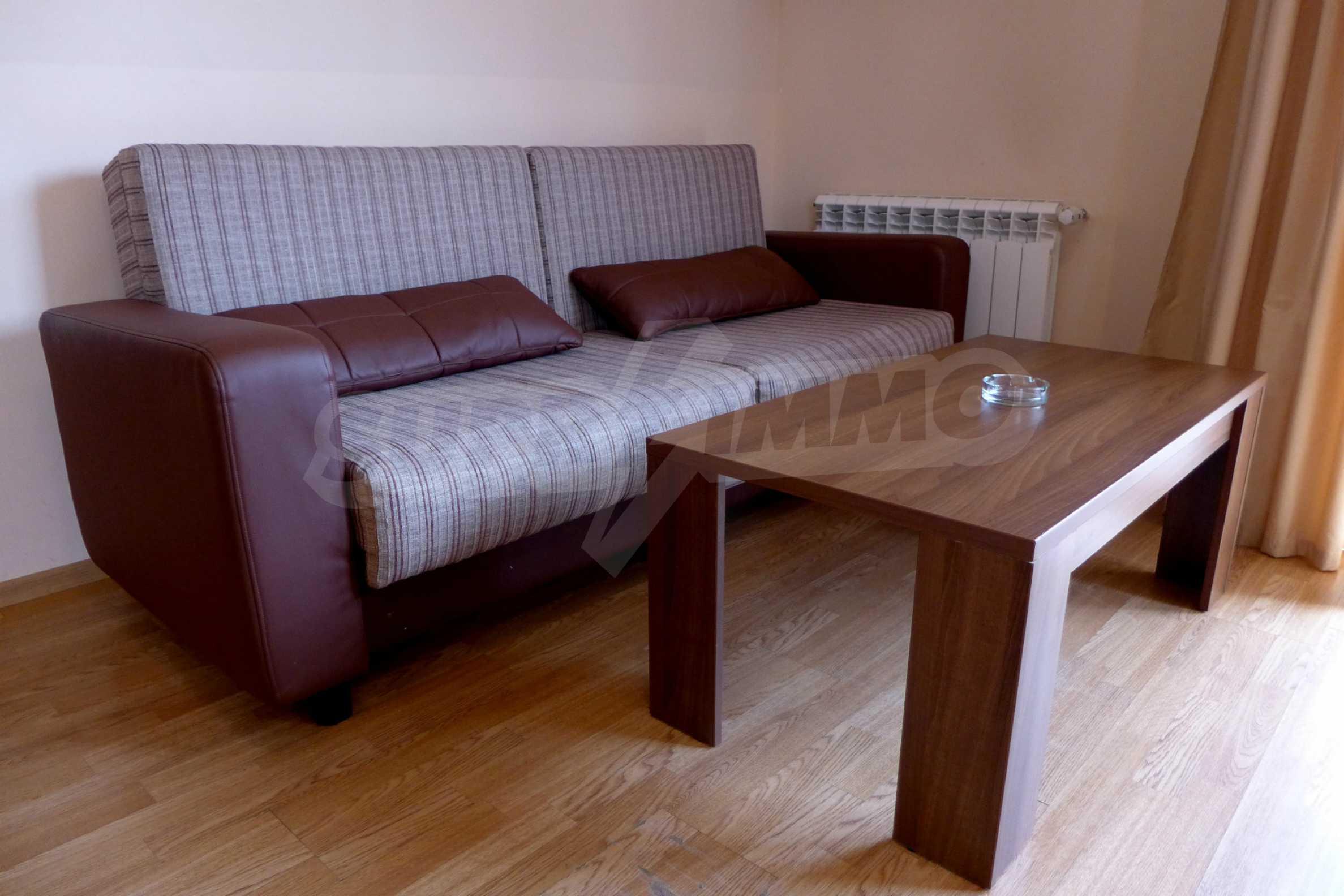 Ein-Zimmer-Wohnung in Redenka Palace 6
