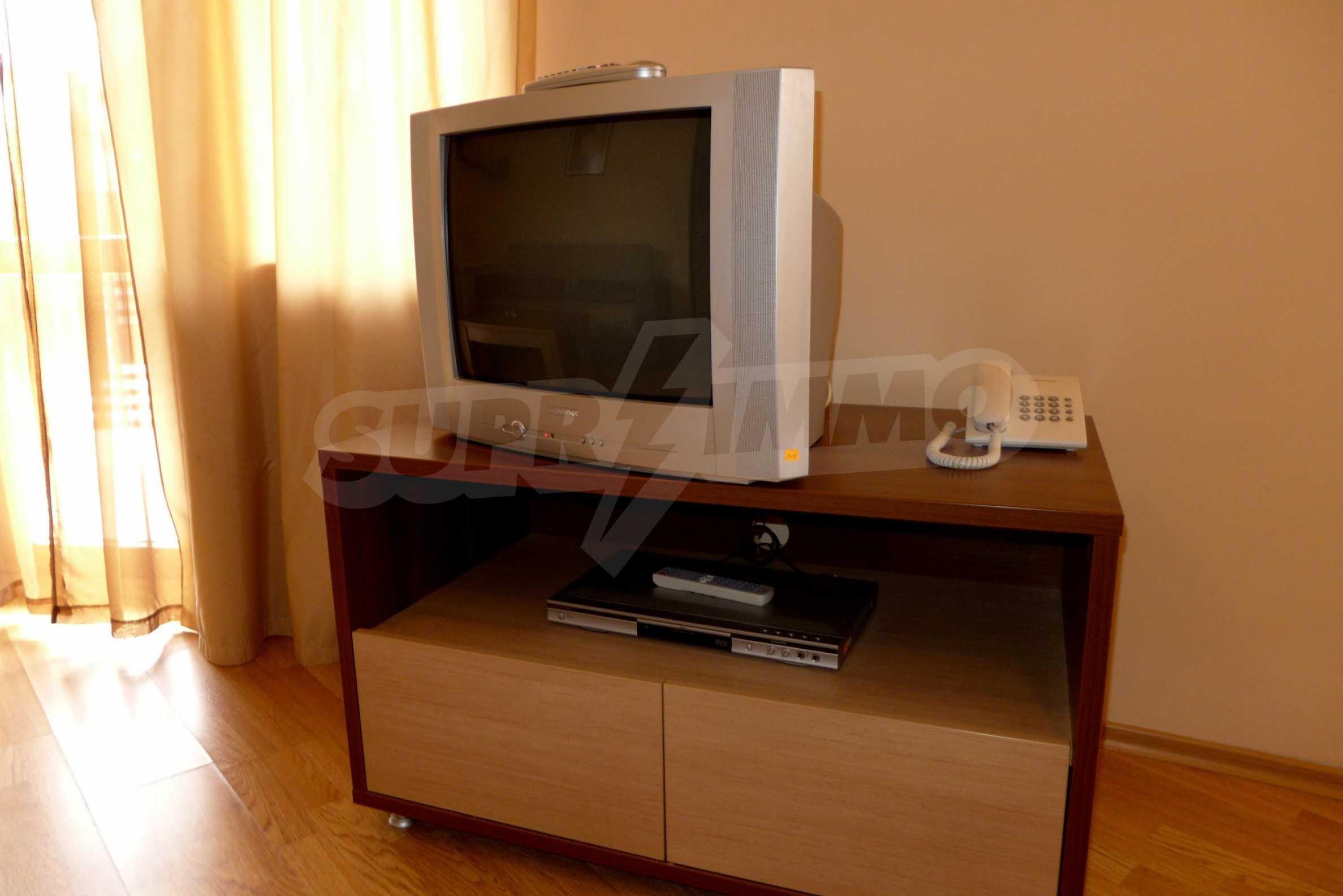 Ein-Zimmer-Wohnung in Redenka Palace 7