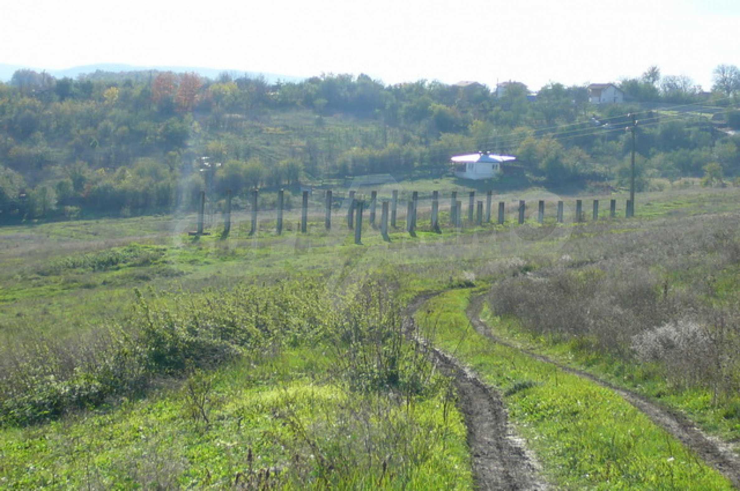 Продажа инвестиционной земли вблизи г. Велико Тырново 7