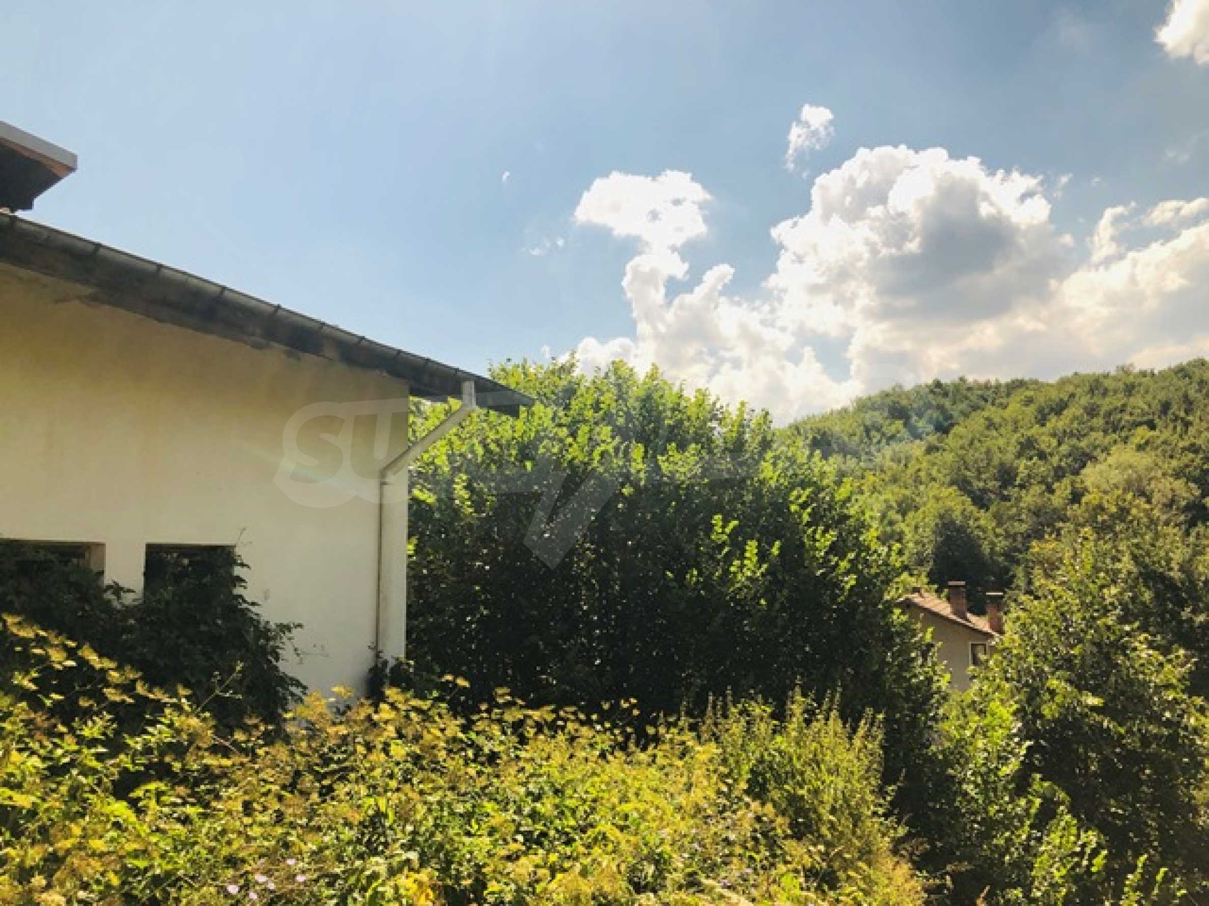 Newly built house located 6 km. from the town of Tryavna 33