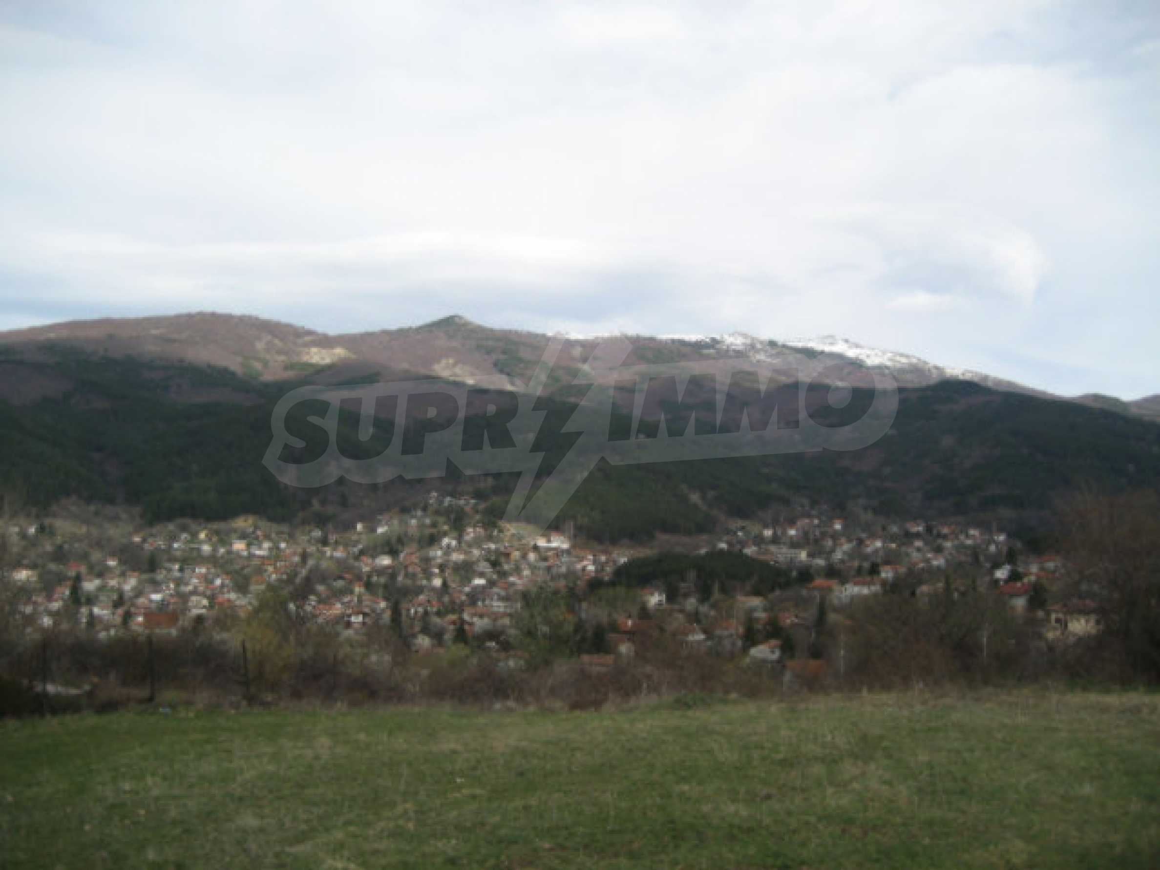 Three neighbouring plots of land in Rudartsi 1