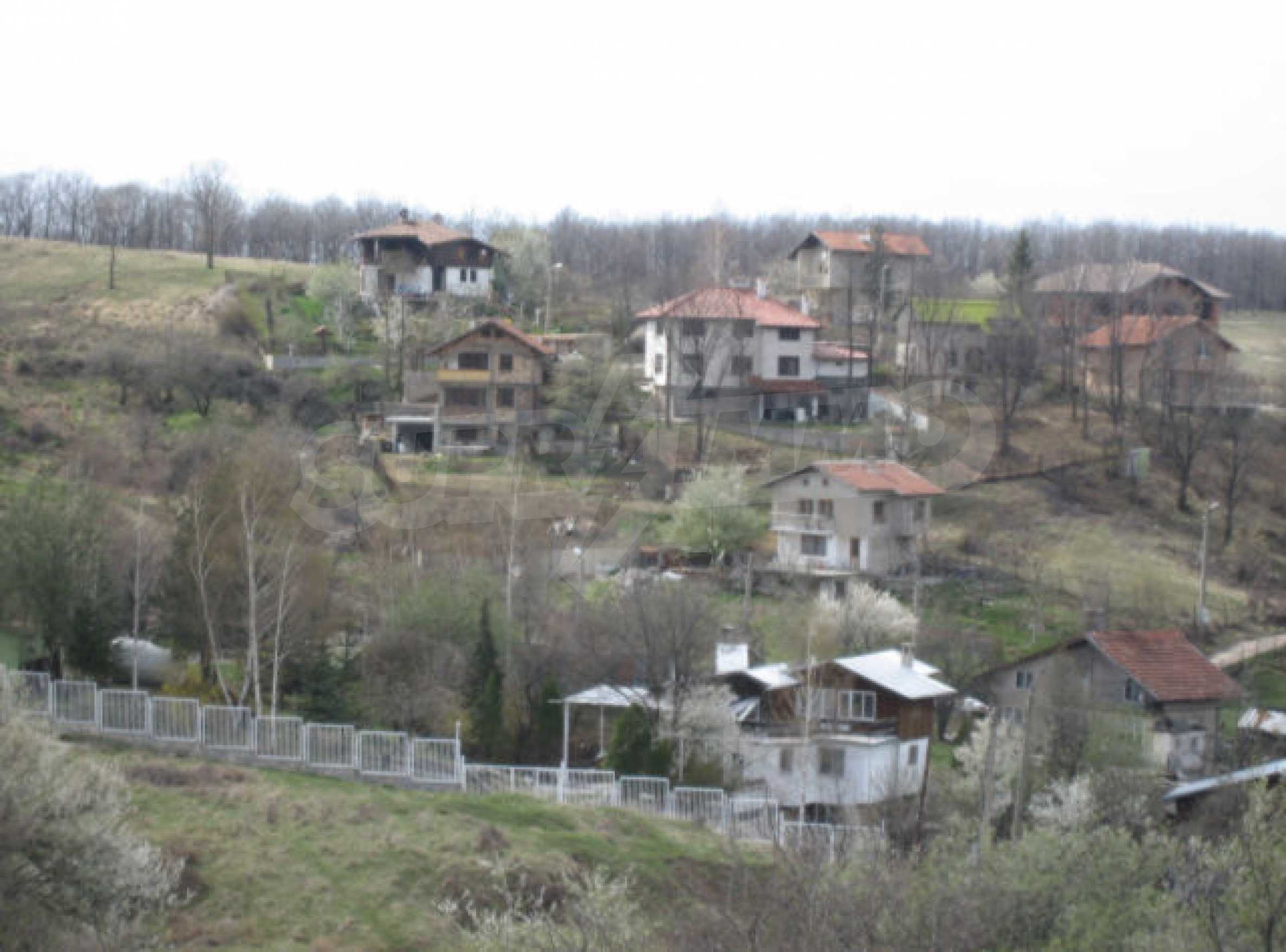 Three neighbouring plots of land in Rudartsi 8