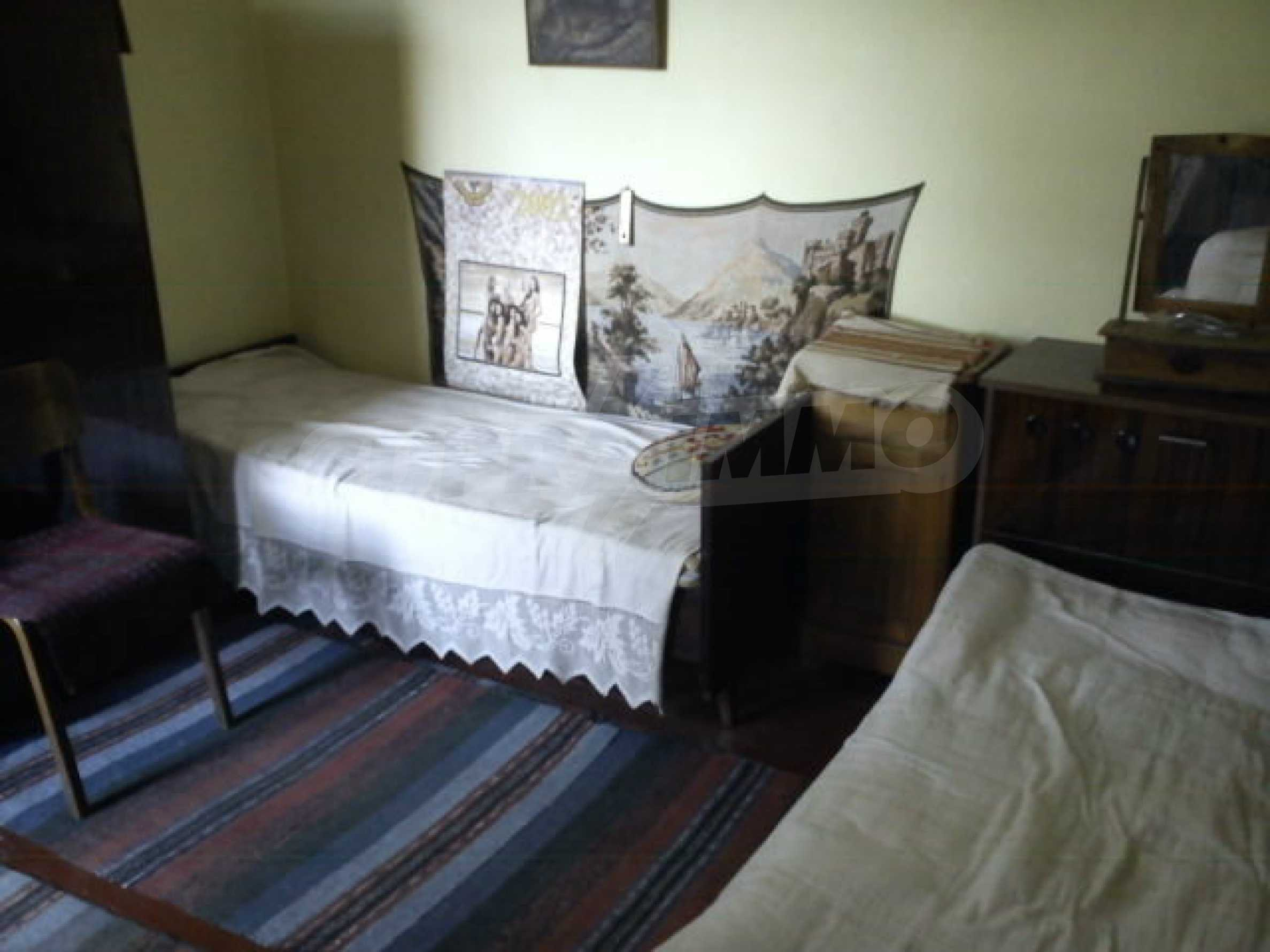 Second floor of a house located in Veliko Tarnovo 13