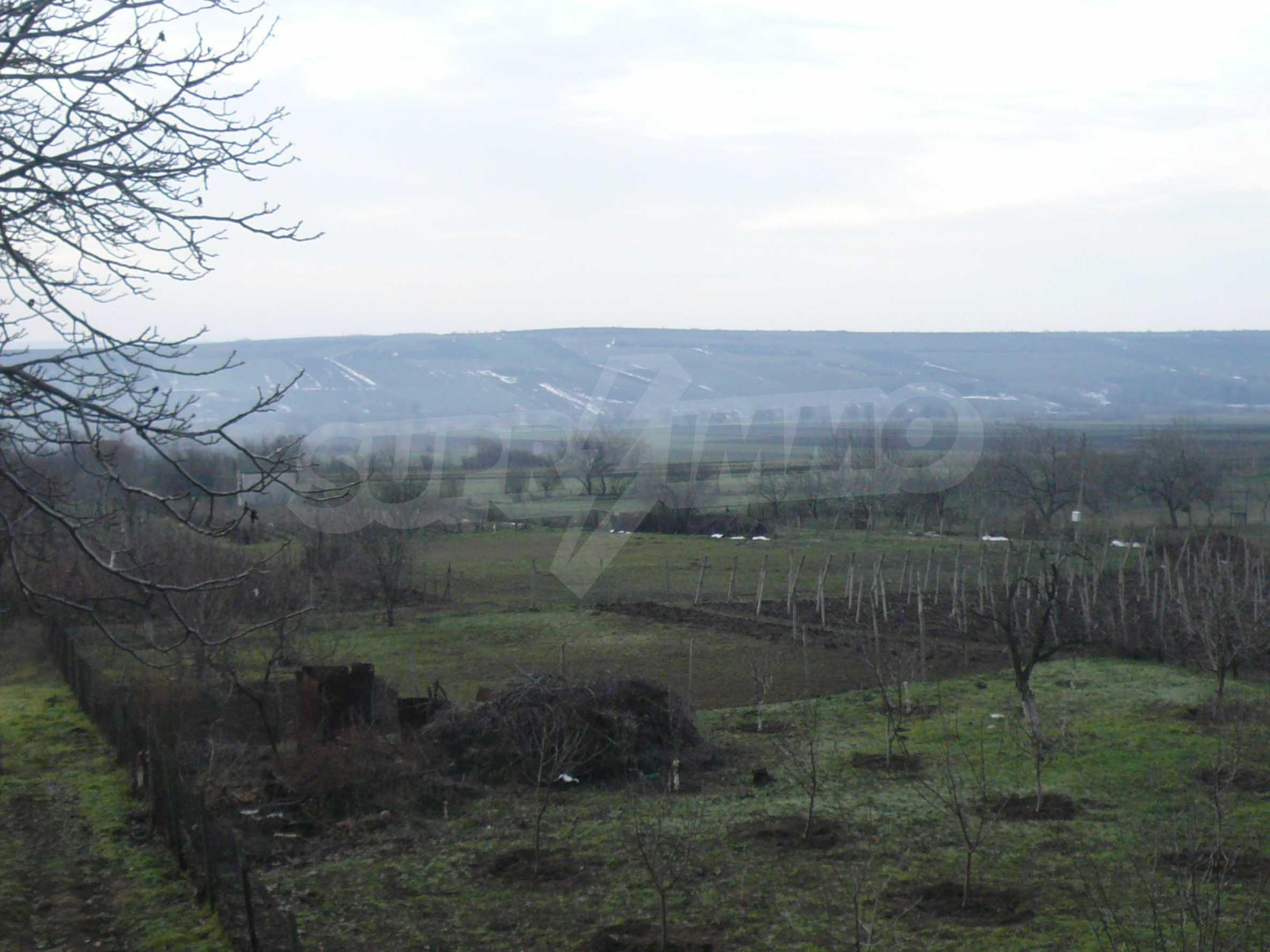 Massive zweistöckige Villa mit großem Garten in der Nähe von Vidin 18